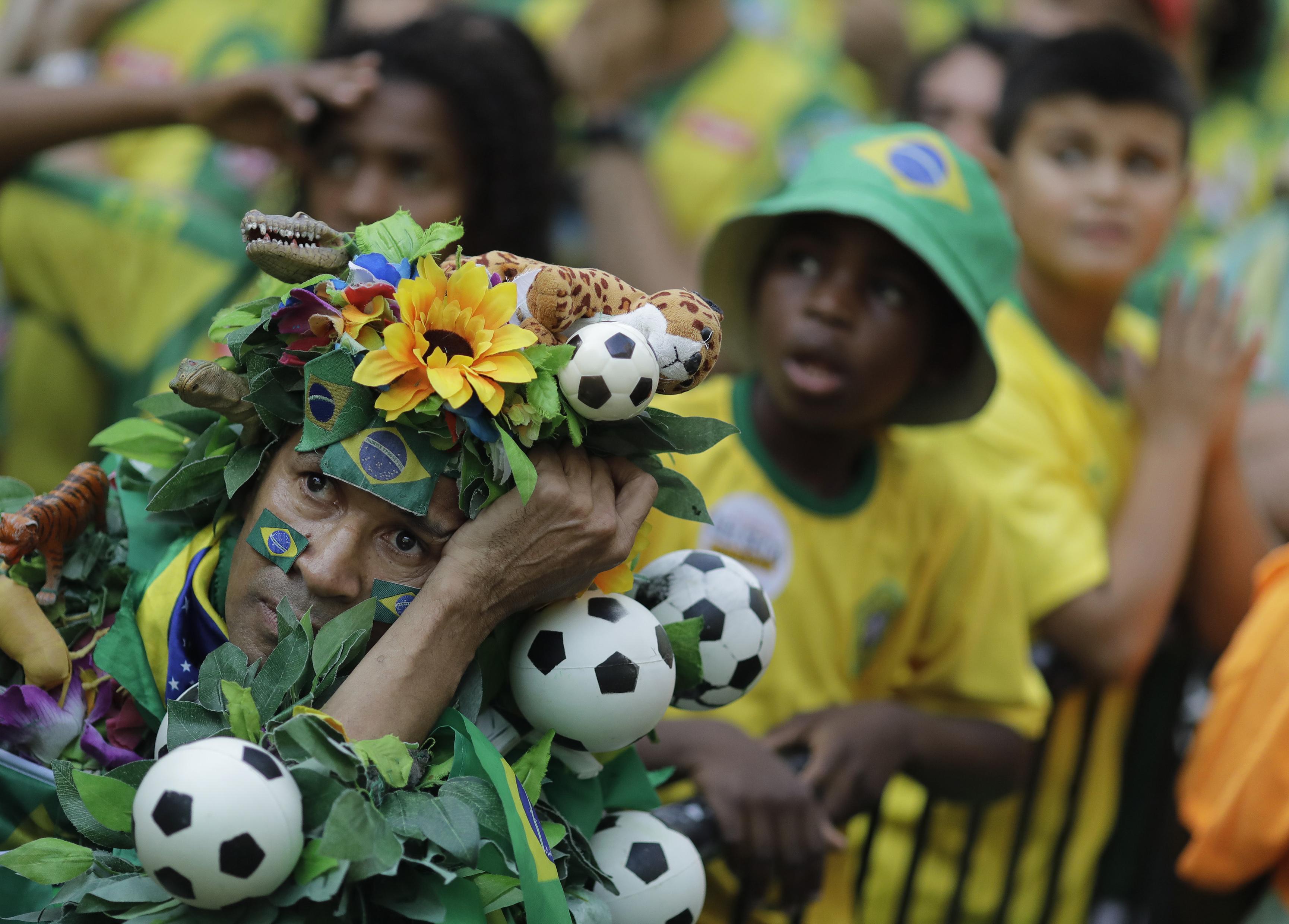 Le Brésil inconsolable s en prend à Neymar - Russie 2018 - Coupe du monde -  Football 77873fdab590