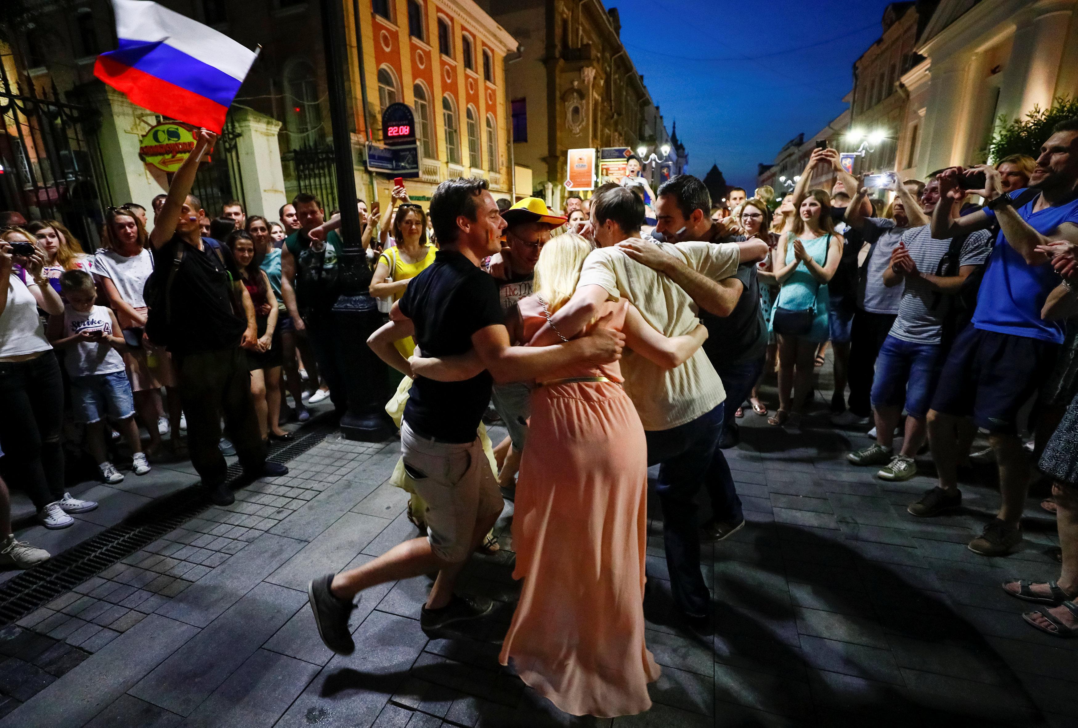 Le premier tour de la coupe du monde a t pargn par les incidents russie 2018 coupe du - 1er coupe du monde de football ...