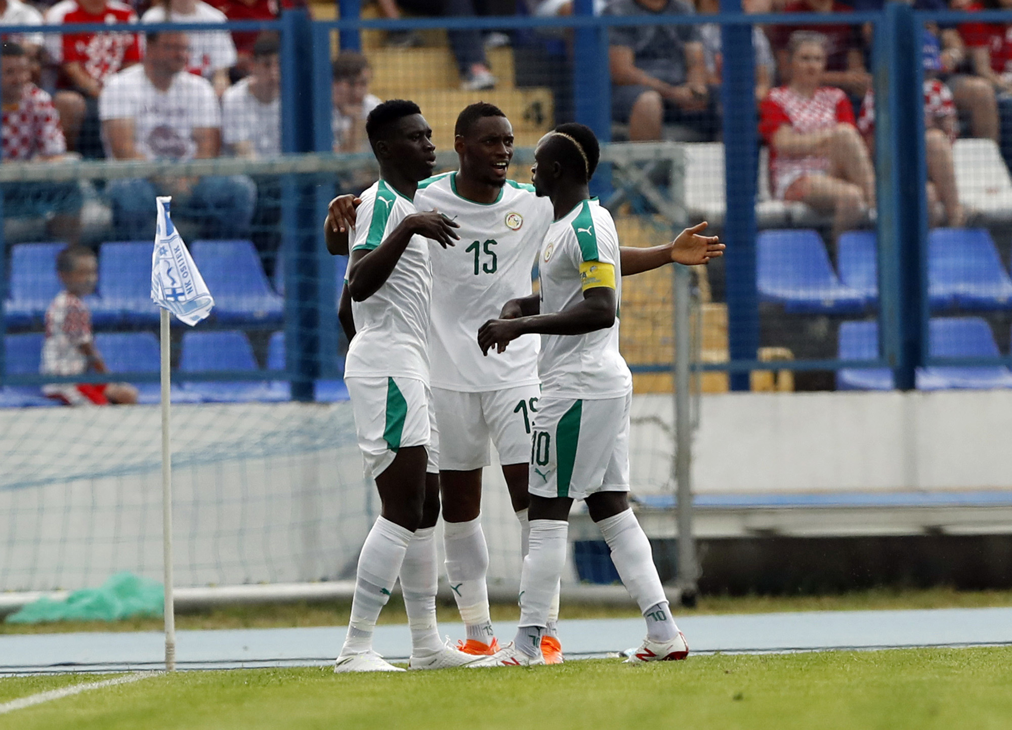Football - Coupe du monde - Le Sénégal veut sauver l'honneur du football africain