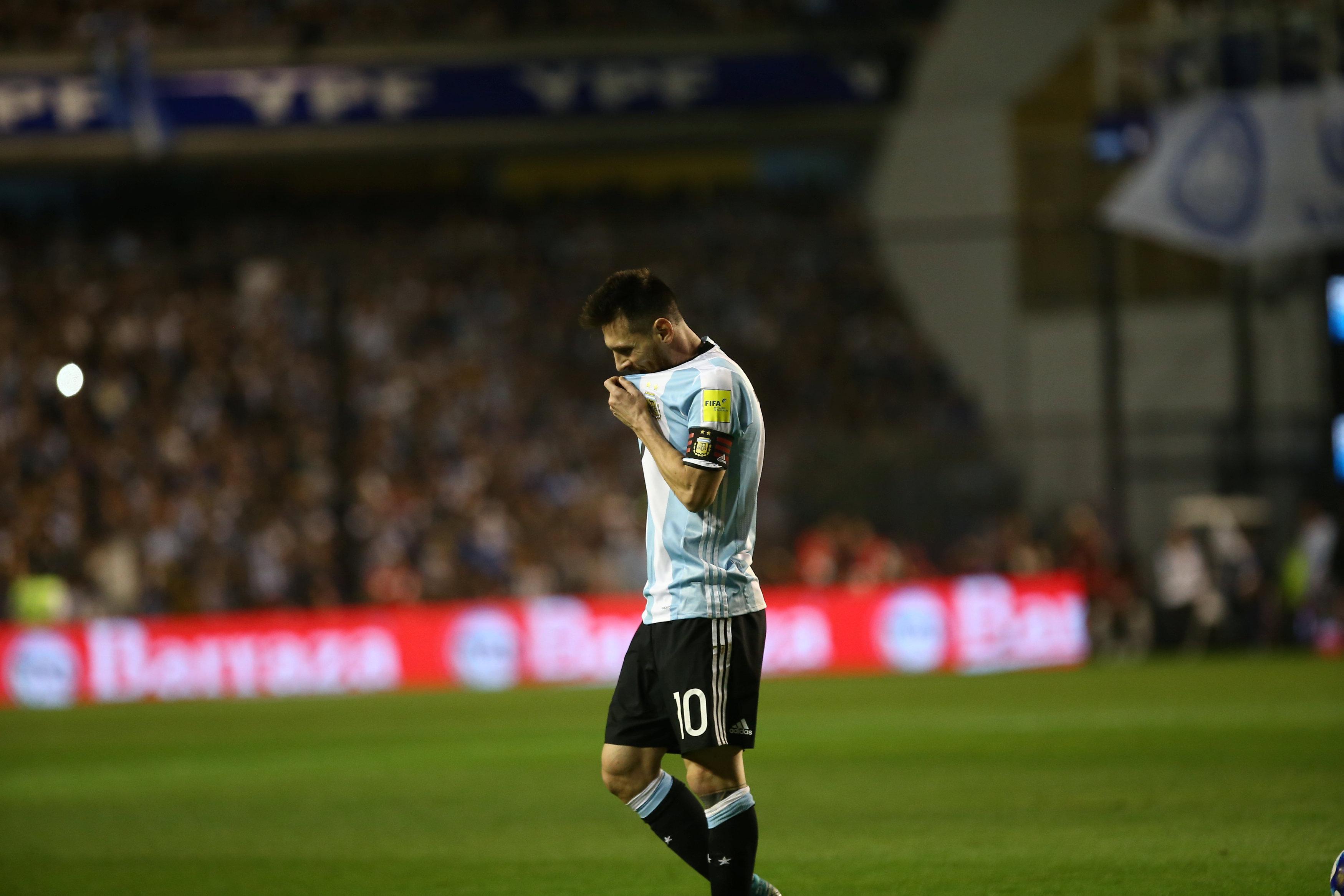 Mondial 2018 l 39 argentine au bord du gouffre le chili respire russie 2018 coupe du monde - Coupe du monde 2018 football ...