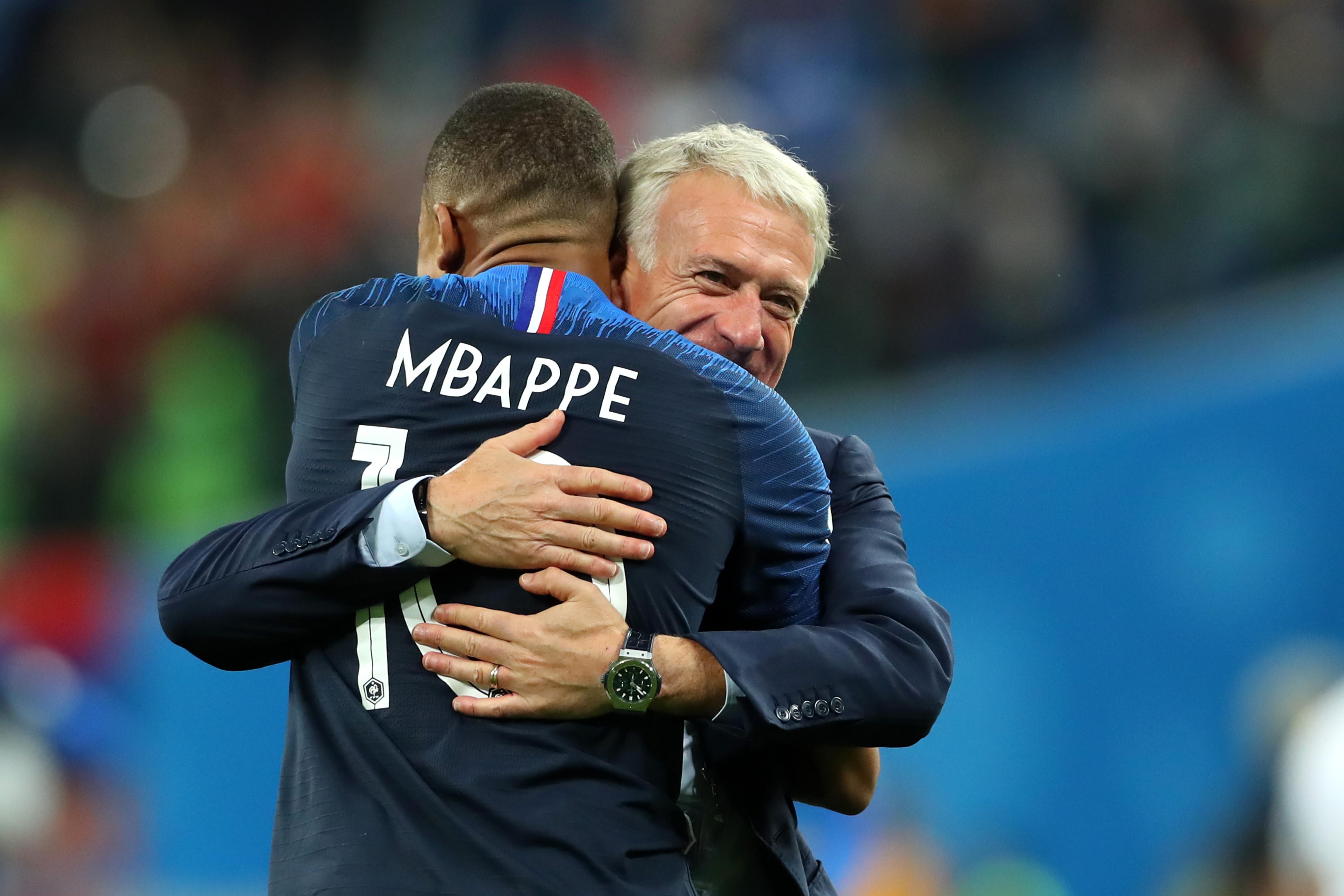 Football - Coupe du monde - Pour Deschamps, Mbappé «ridiculise ses adversaires» mais ne doit pas aller jusqu'à «l'humiliation»