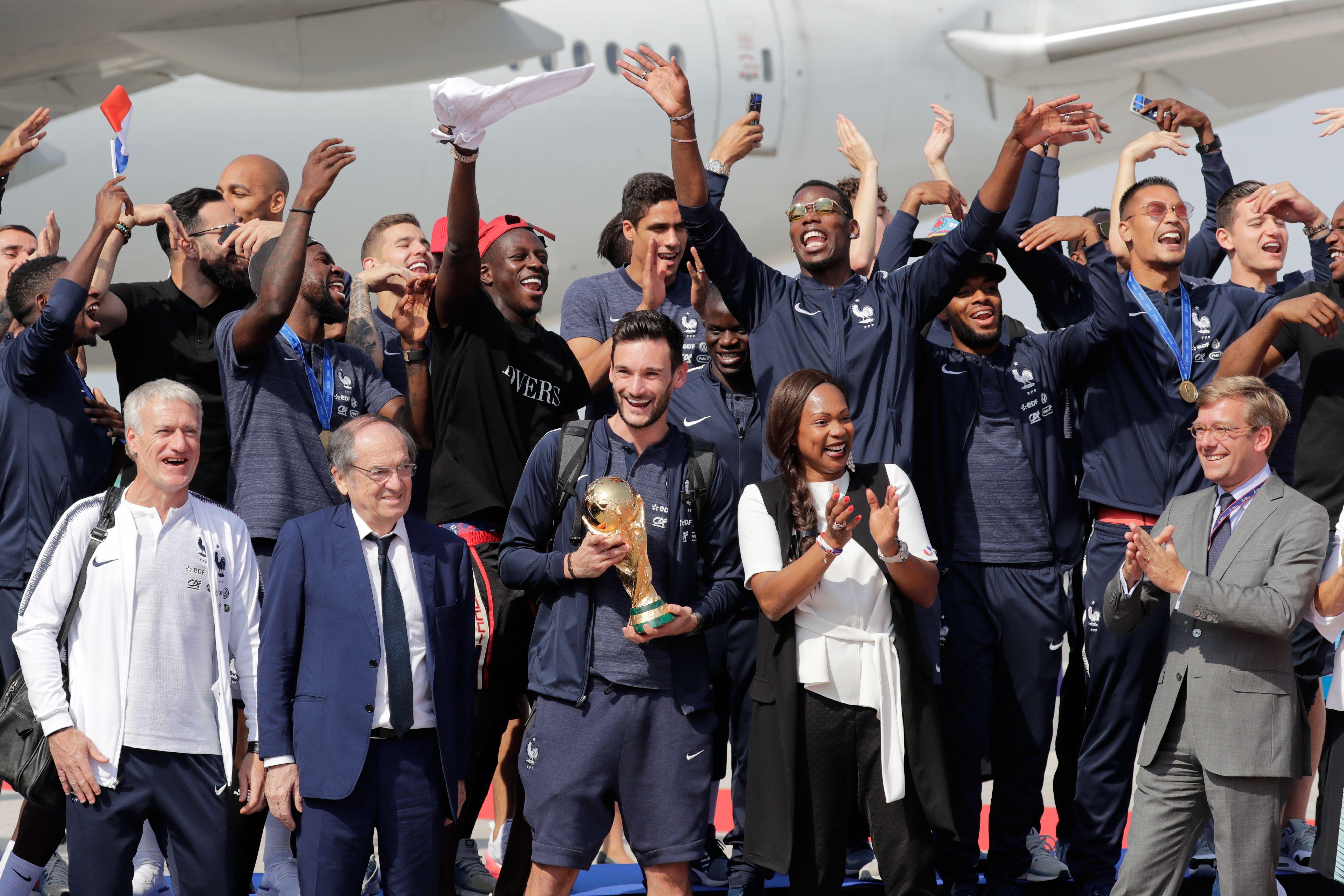 Football - Coupe du monde - Un avenir radieux pour les champions du monde