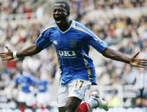 Newcastle-Portsmouth, John Utaka
