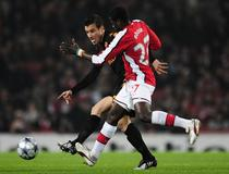 Arsenal-AS Roma, Emmanuel Eboue Matteo Brighi