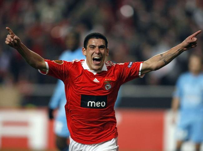 - Benfica-Marseille-Maxi-Pereira_full_diapos_large