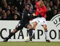 Sidney Govou-Wes Brown