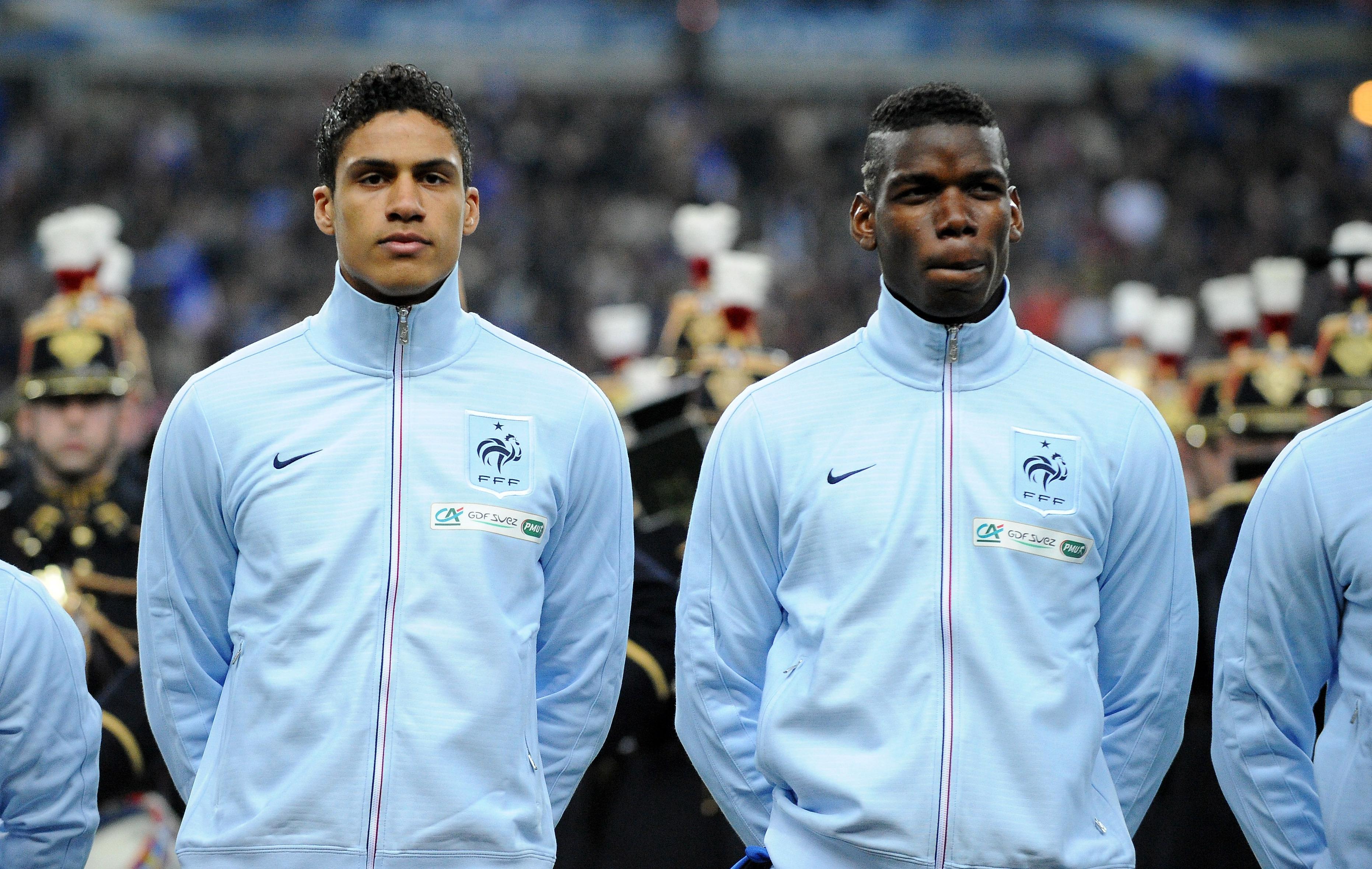 ¿Cuánto mide Raphaël Varane? - Altura - Real height Avec-Varane-Pogba-et-Koscielny