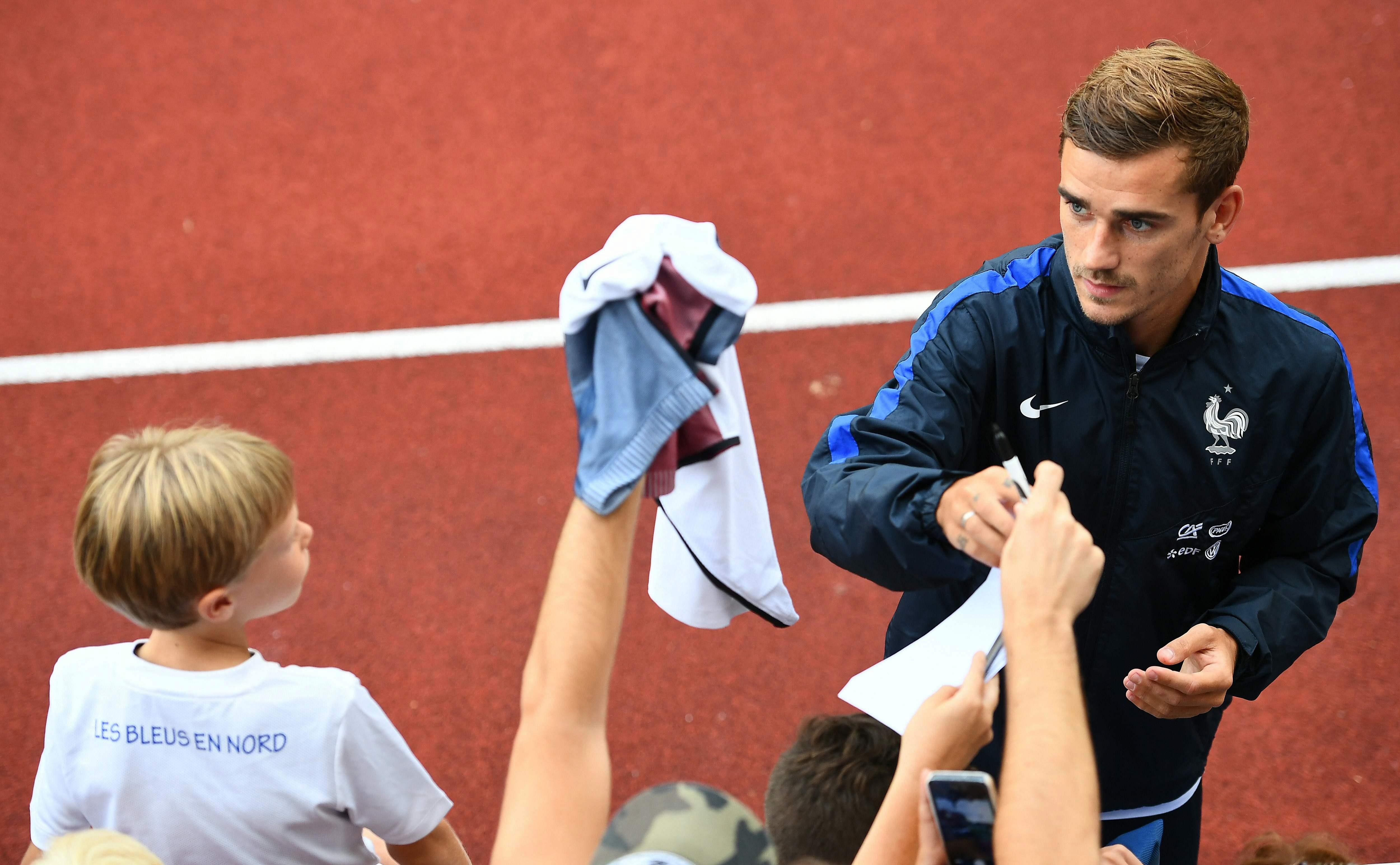 Football - Equipe de France - Griezmann : «Il faut oublier l'Euro et passer à autre chose»