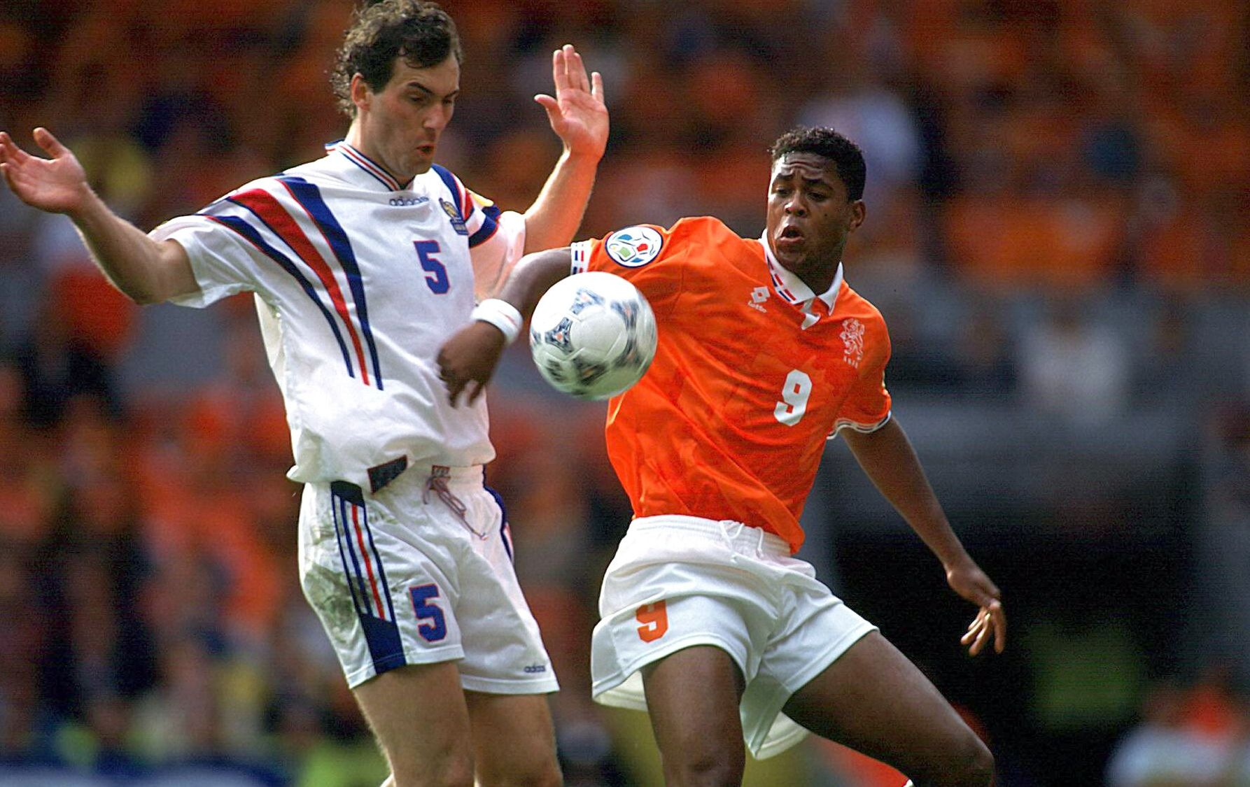 Football - Equipe de France - Humiliation, larmes, Cruyff : les France-Pays-Bas les plus marquants