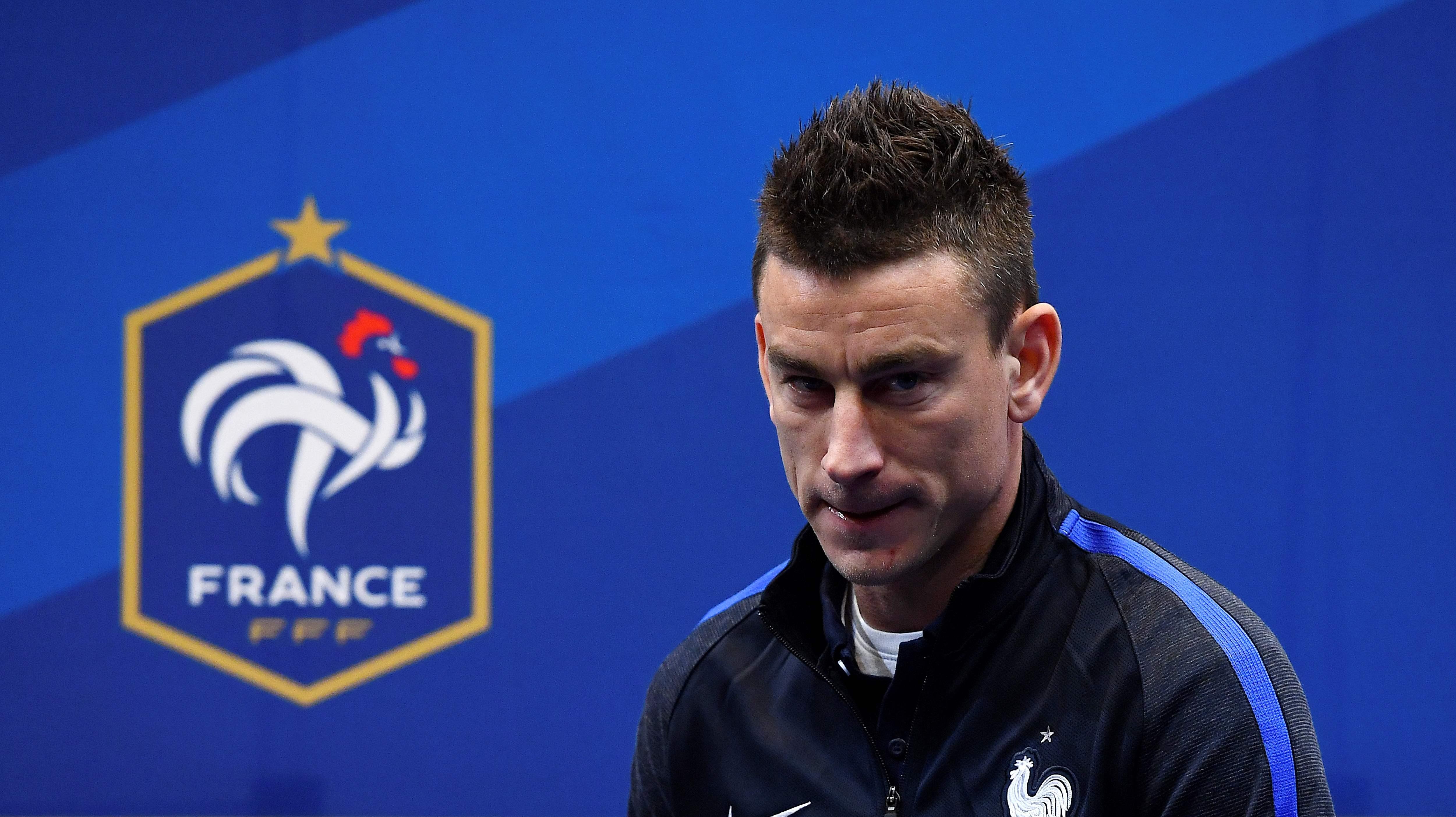 Football - Equipe de France - Koscielny «touché» par l'attentat de Londres