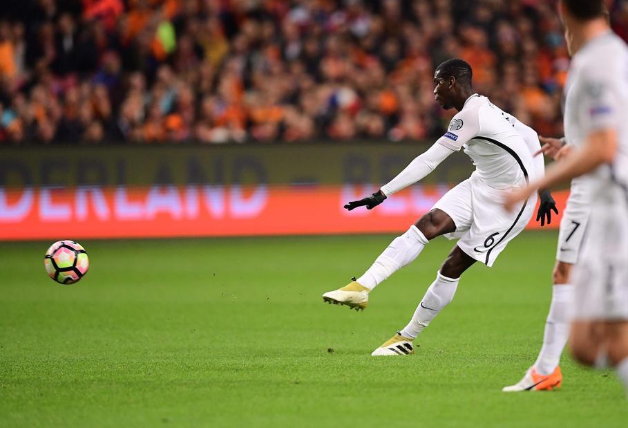 Football - Equipe de France - Le missile de Pogba qui ouvre le score pour les Bleus (VIDEO)