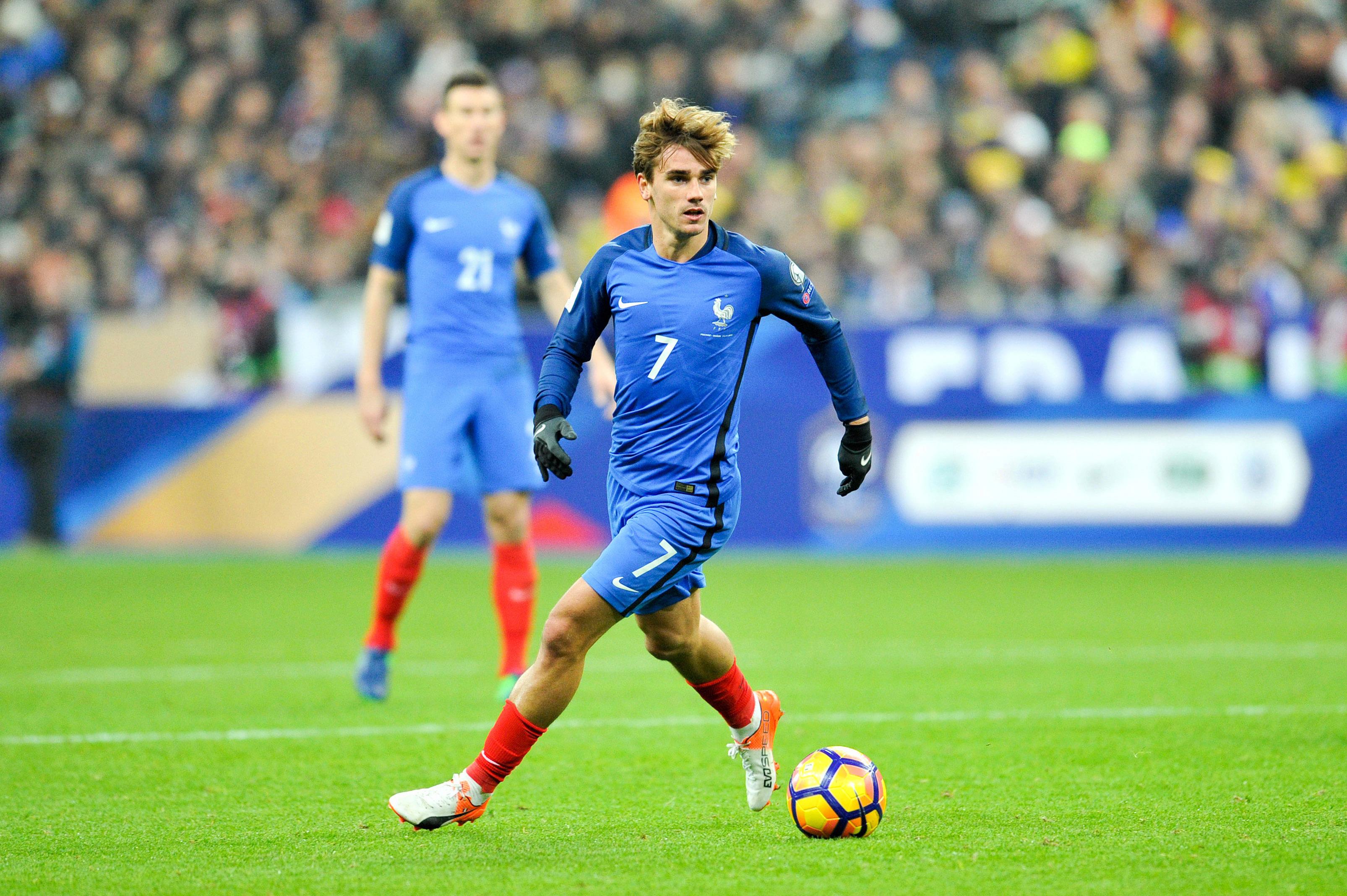 Football - Equipe de France - Les Bleus s'offrent un match de gala contre l'Espagne