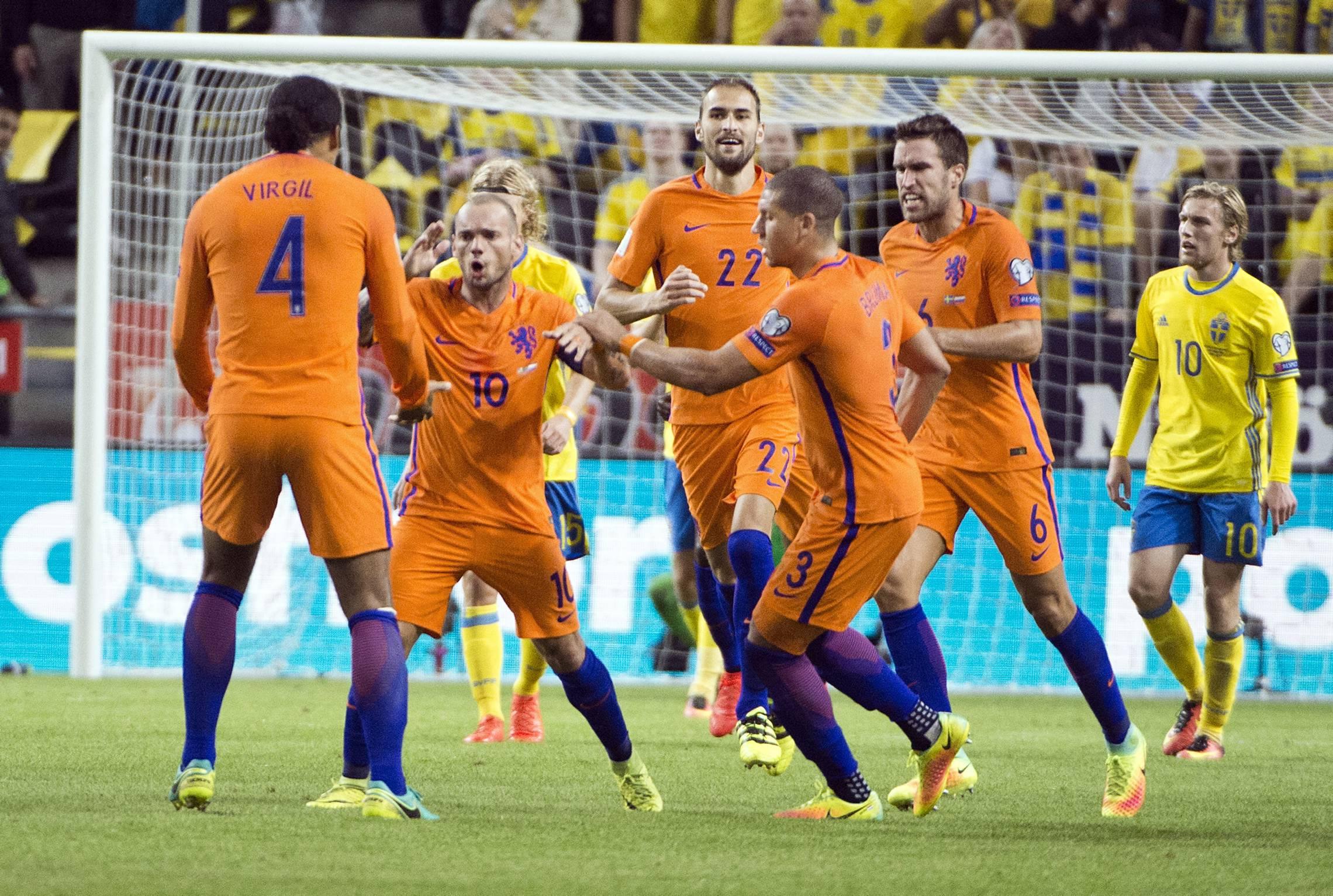 Football - Equipe de France - Les Pays-Bas, une équipe en quête de rachat
