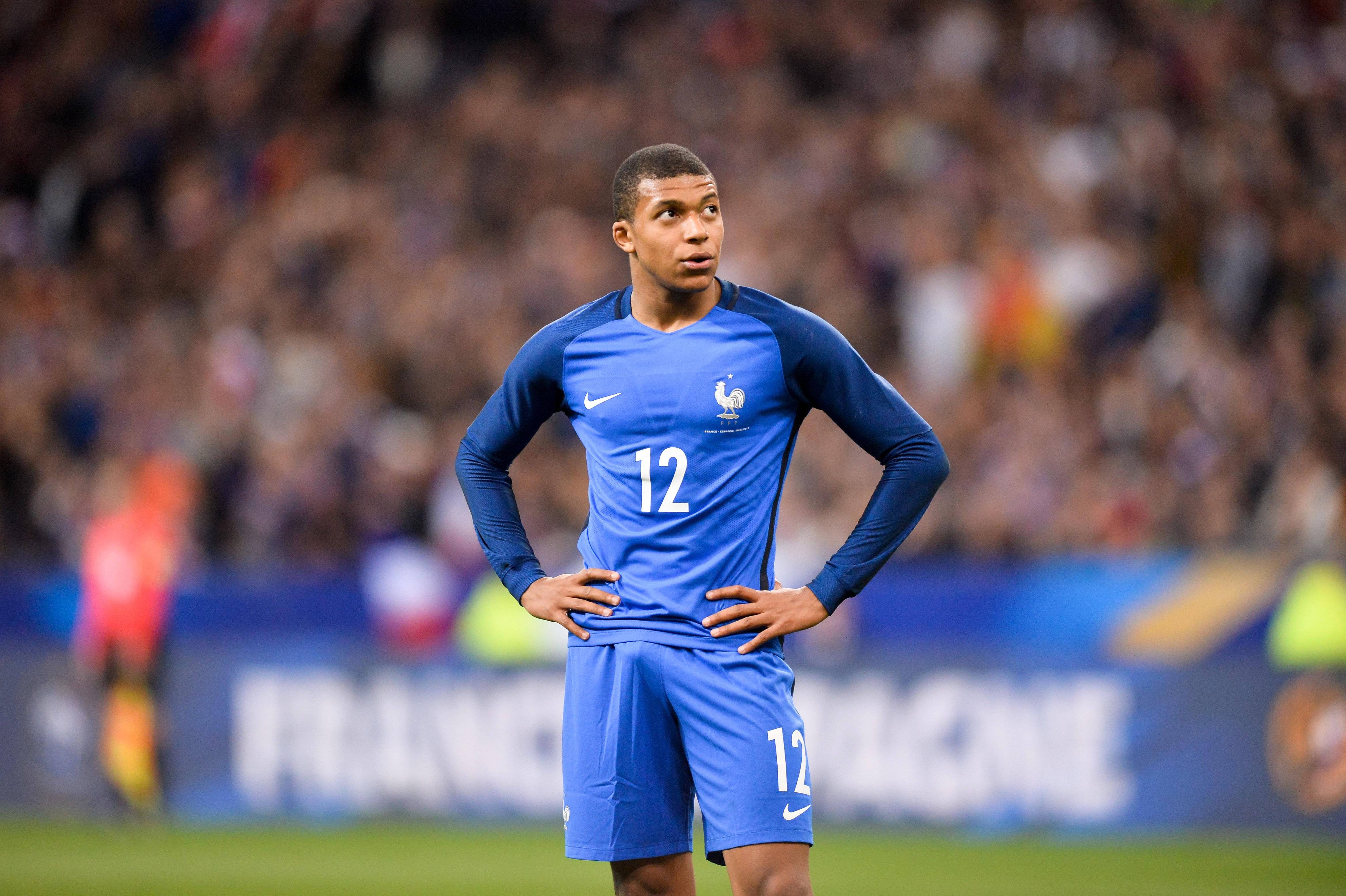 Football - Equipe de France - Pour sa (vraie) première, Mbappé n'a pas tout éclaté