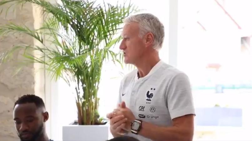 Football - Equipe de France - «Si vous bombez le torse, vous allez vous faire défoncer» : quand Deschamps met en garde les Bleuets