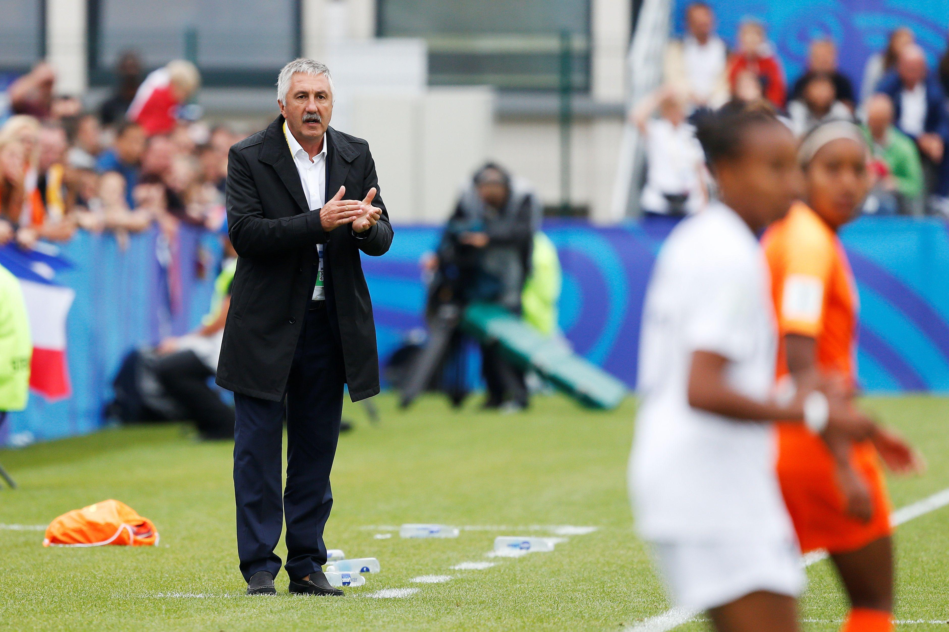 Football - Equipe de France - Une nouvelle compétition commence pour les Bleuettes
