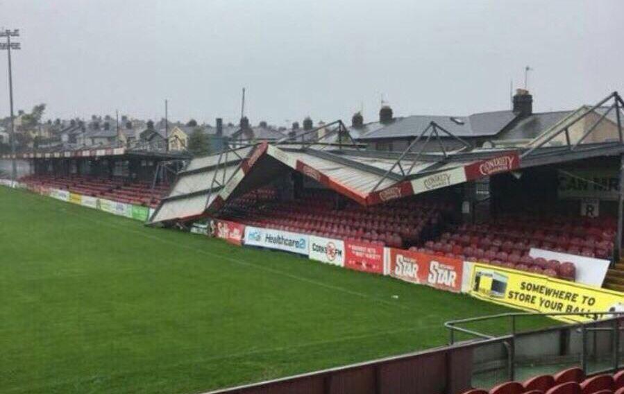 Football - Etranger - L'ouragan Ophelia détruit le stade du leader du championnat d'Irlande