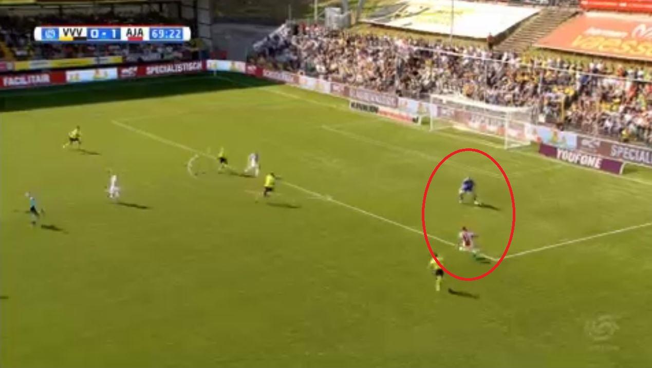 Football - Etranger - Le lob magique de David Neres avec l'Ajax (vidéo)