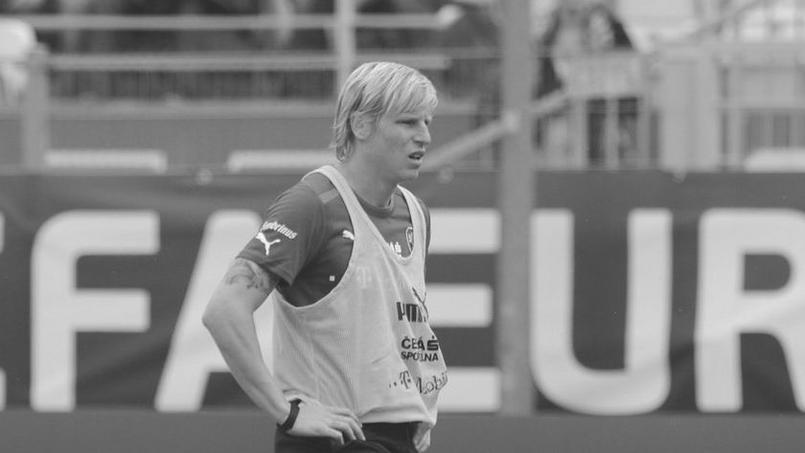 Football - Etranger - Un international tchèque retrouvé mort à son domicile