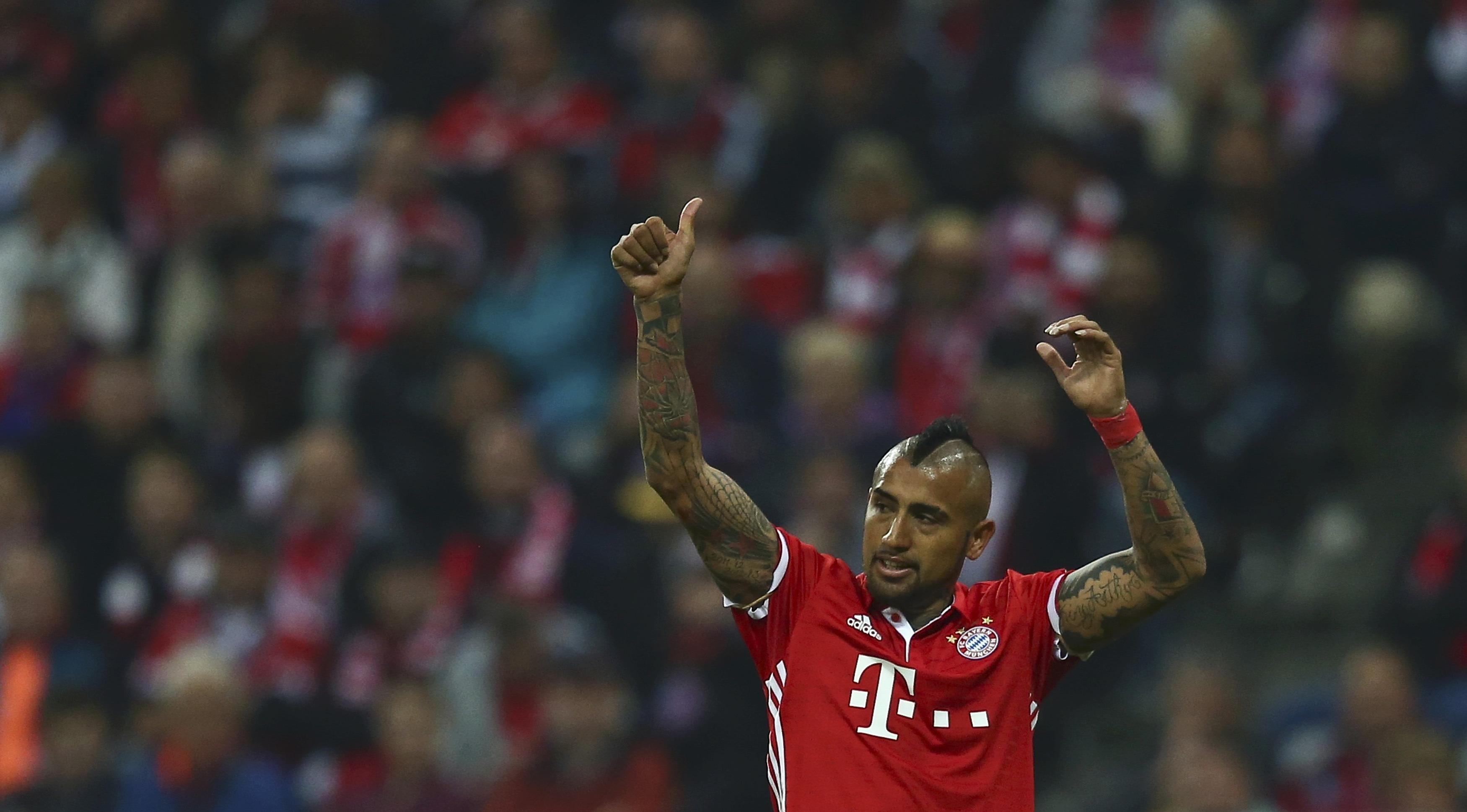 Football - Etranger - Le but un peu fou d'Arturo Vidal à l'entraînement