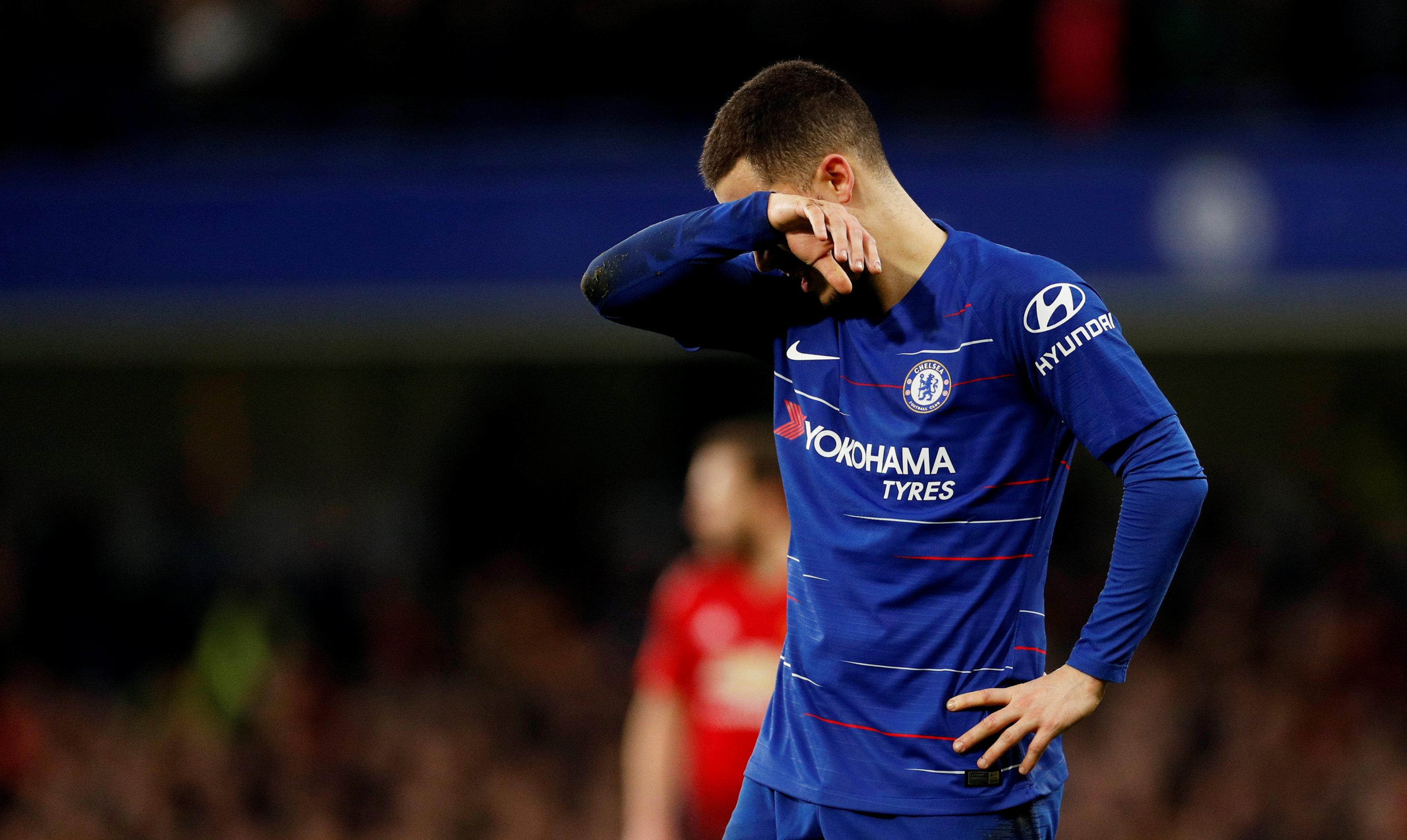 Football - Etranger - Coup de tonnerre, Chelsea interdit de recrutement par la Fifa
