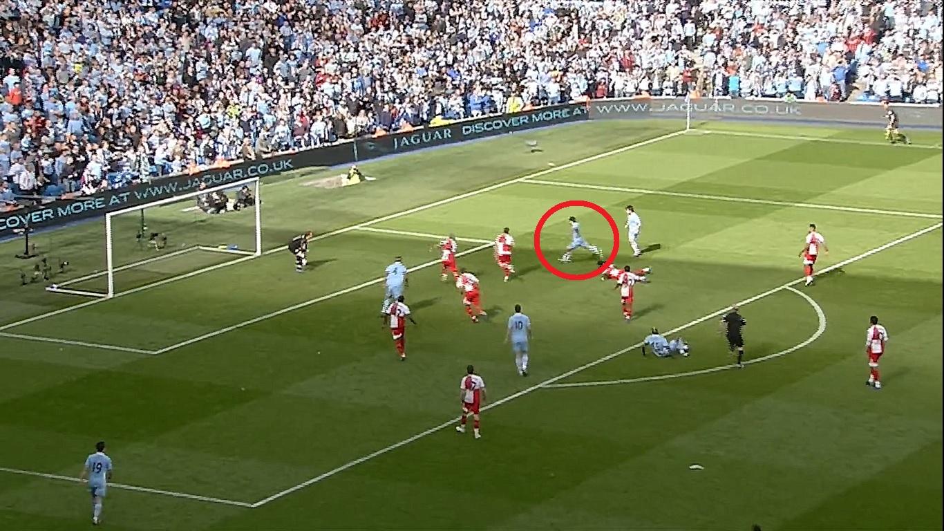 Football - Etranger - En attendant le foot : le but du titre à la dernière minute d'Agüero avec Manchester City