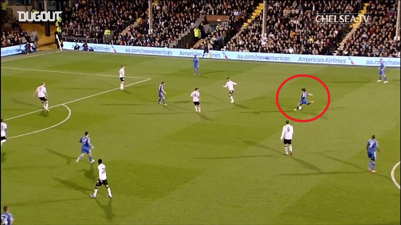 Football - Etranger - En attendant le foot : le coup de tonnerre de David Luiz contre Fulham