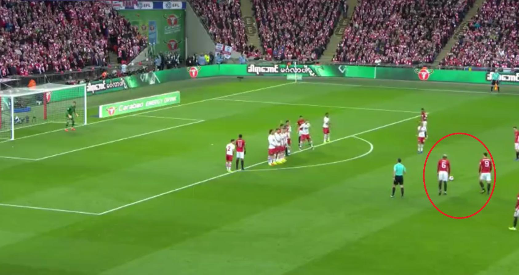 Football - Etranger - Le coup franc splendide d'Ibrahimovic contre Southampton en vidéo