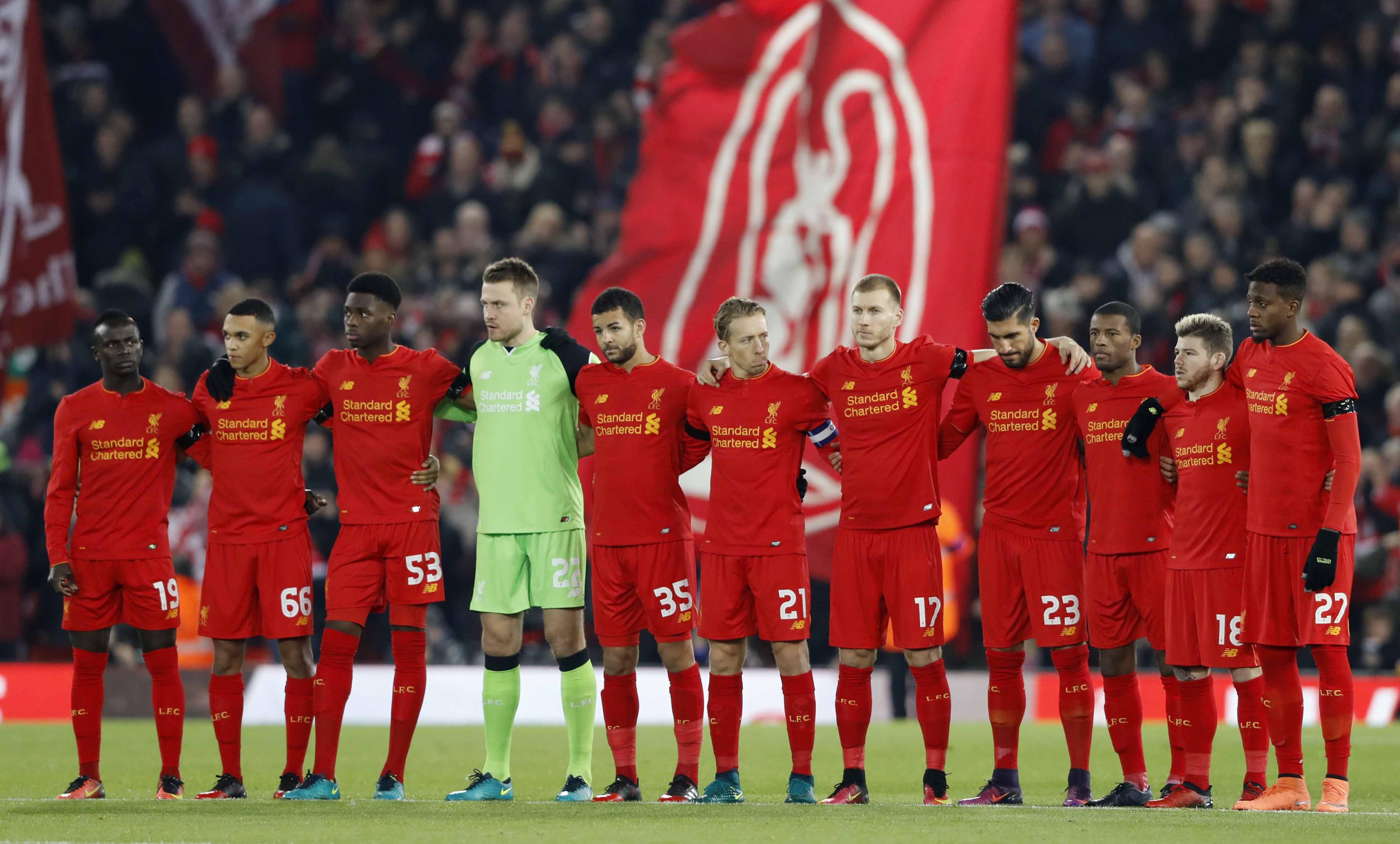Football - Etranger - Le vibrant hommage de Liverpool et Anfield au club de Chapecoense