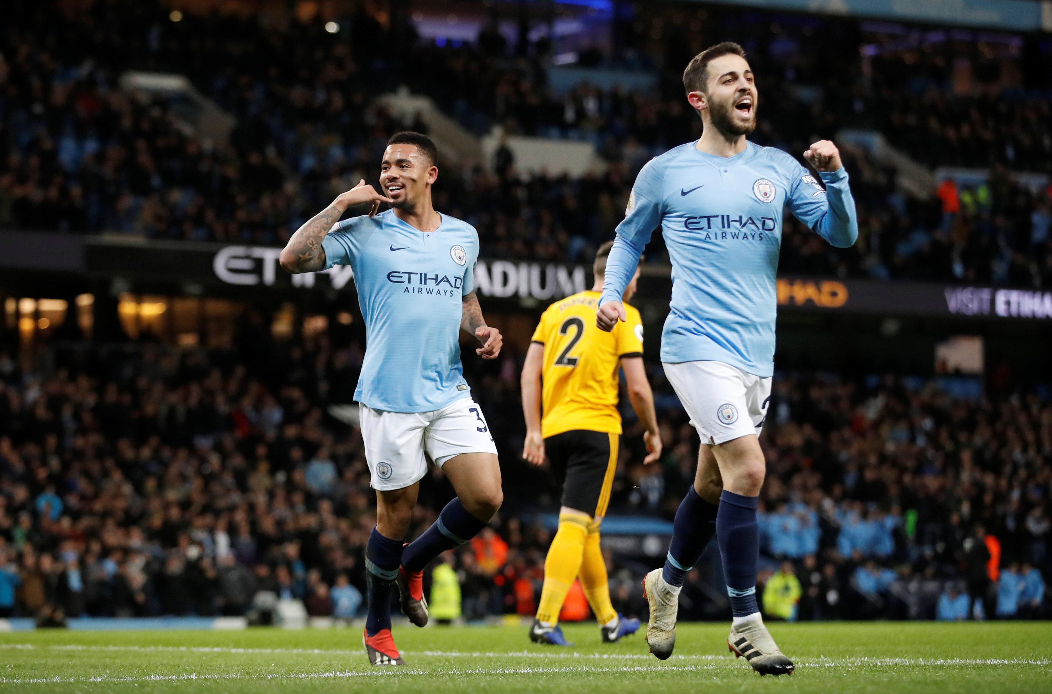Football - Etranger - Les plus beaux buts de Manchester City contre Wolverhampton