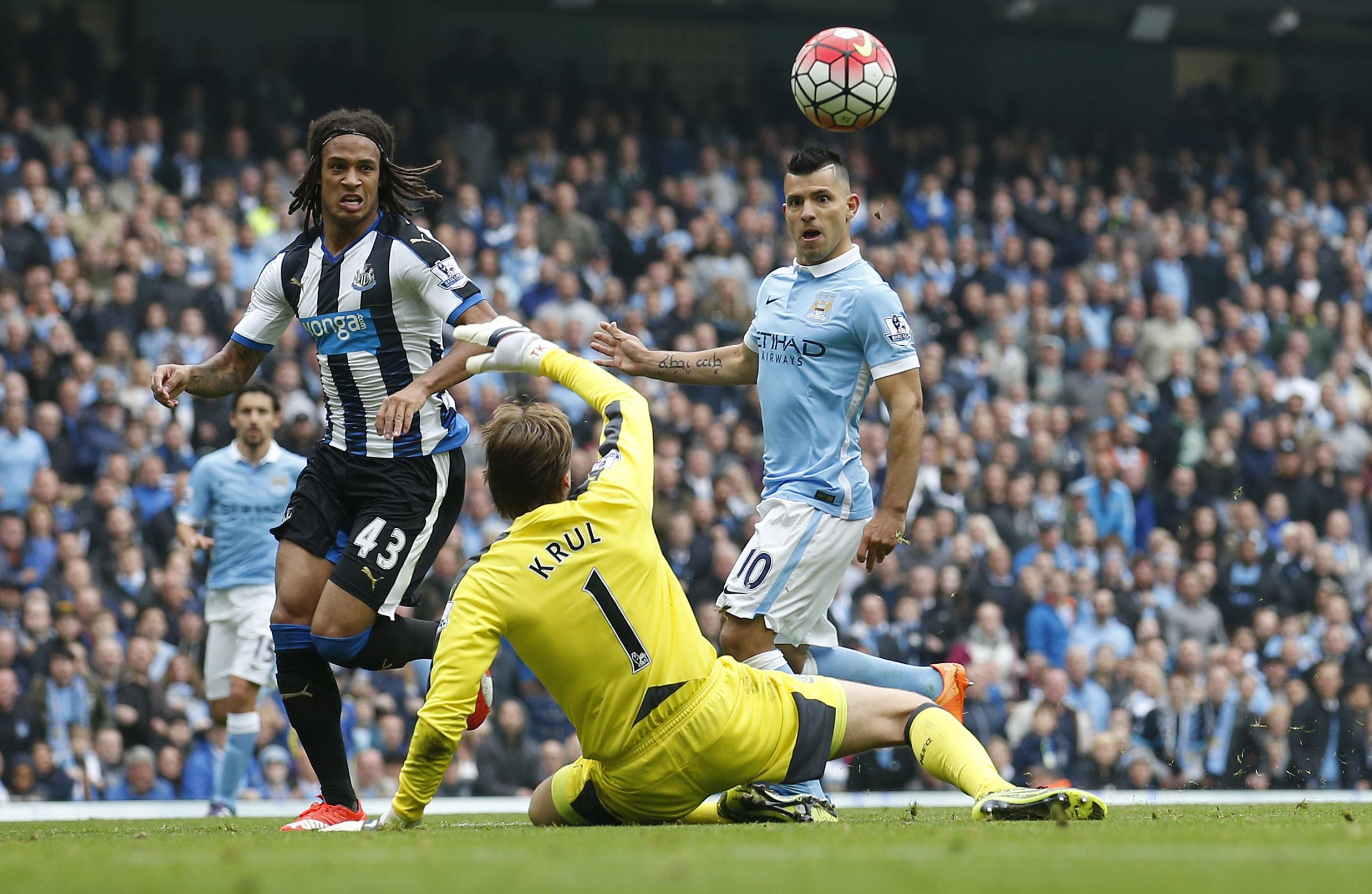 Football - Etranger - Newcastle - Manchester City : le quintuplé historique d'Agüero en 2015