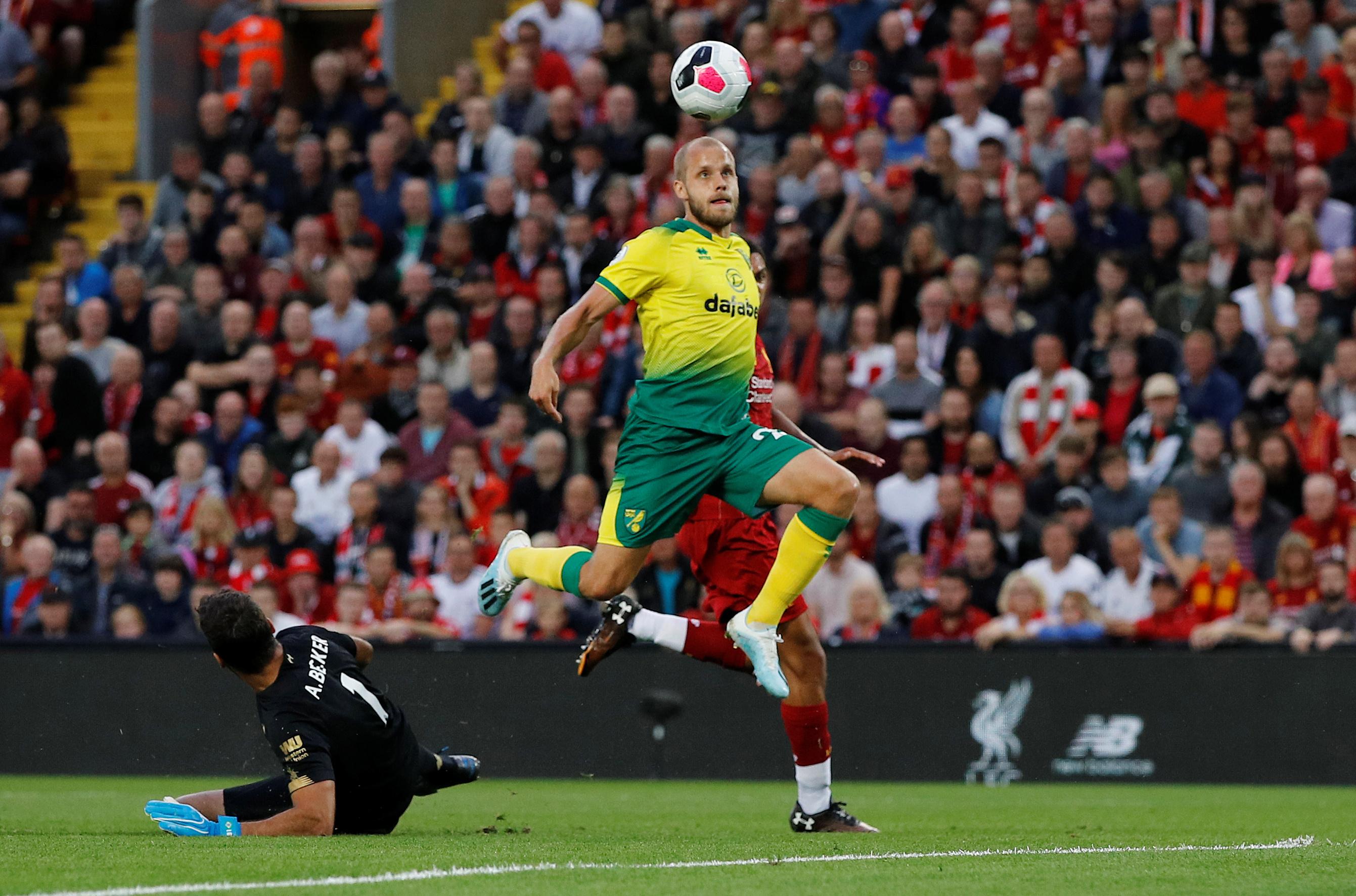 Football - Etranger - Norwich - Manchester City : Pukki en pleine lumière
