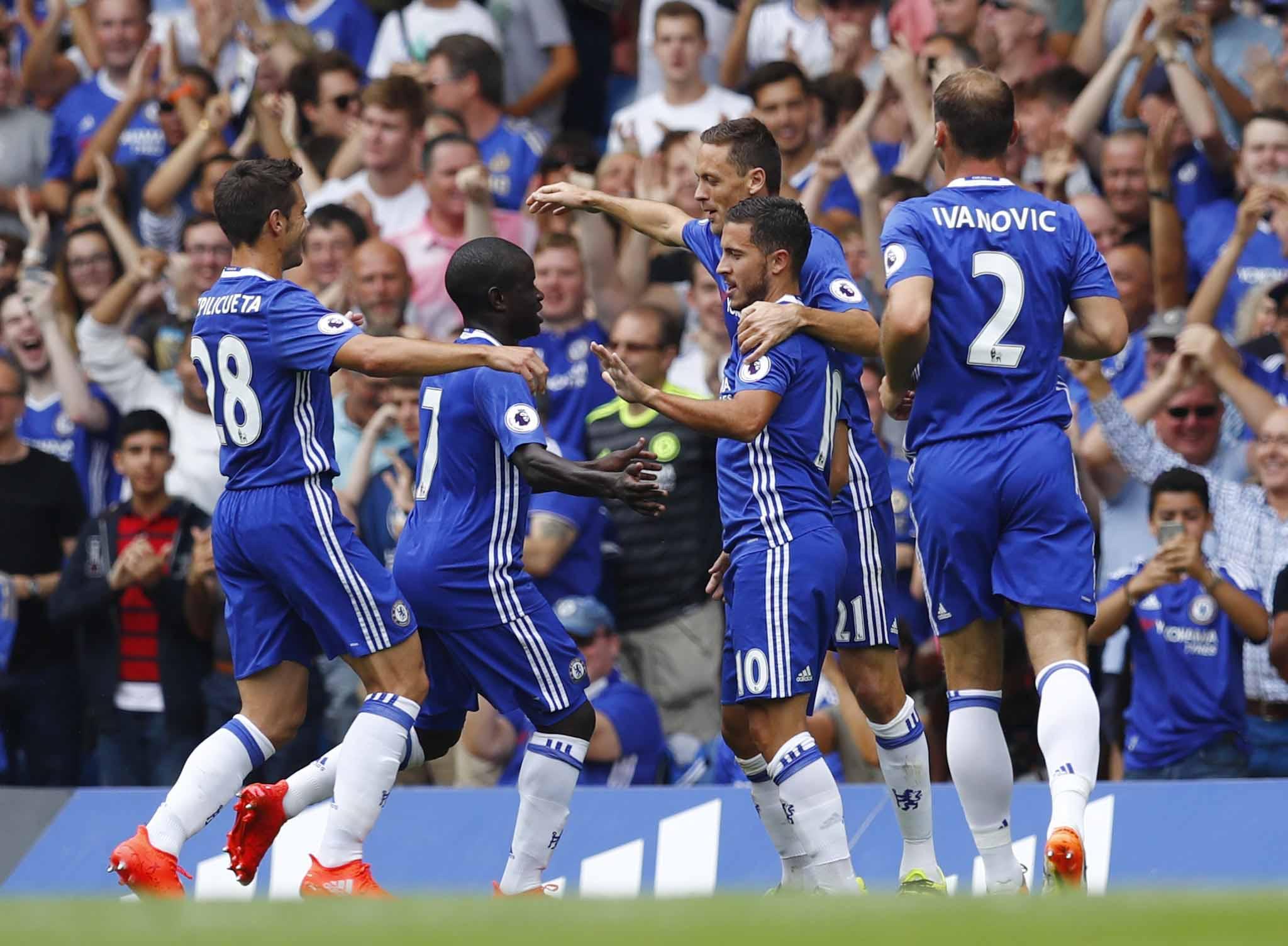 Trois sur trois pour le Chelsea de Conte, Arsenal et Leicester gagnent enfin - Angleterre - Etranger - Football