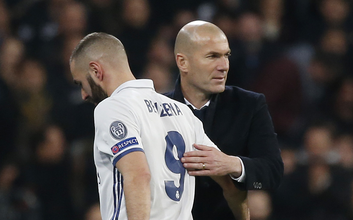 Football - Etranger - Benzema surcoté ? «Une honte», réplique Zidane