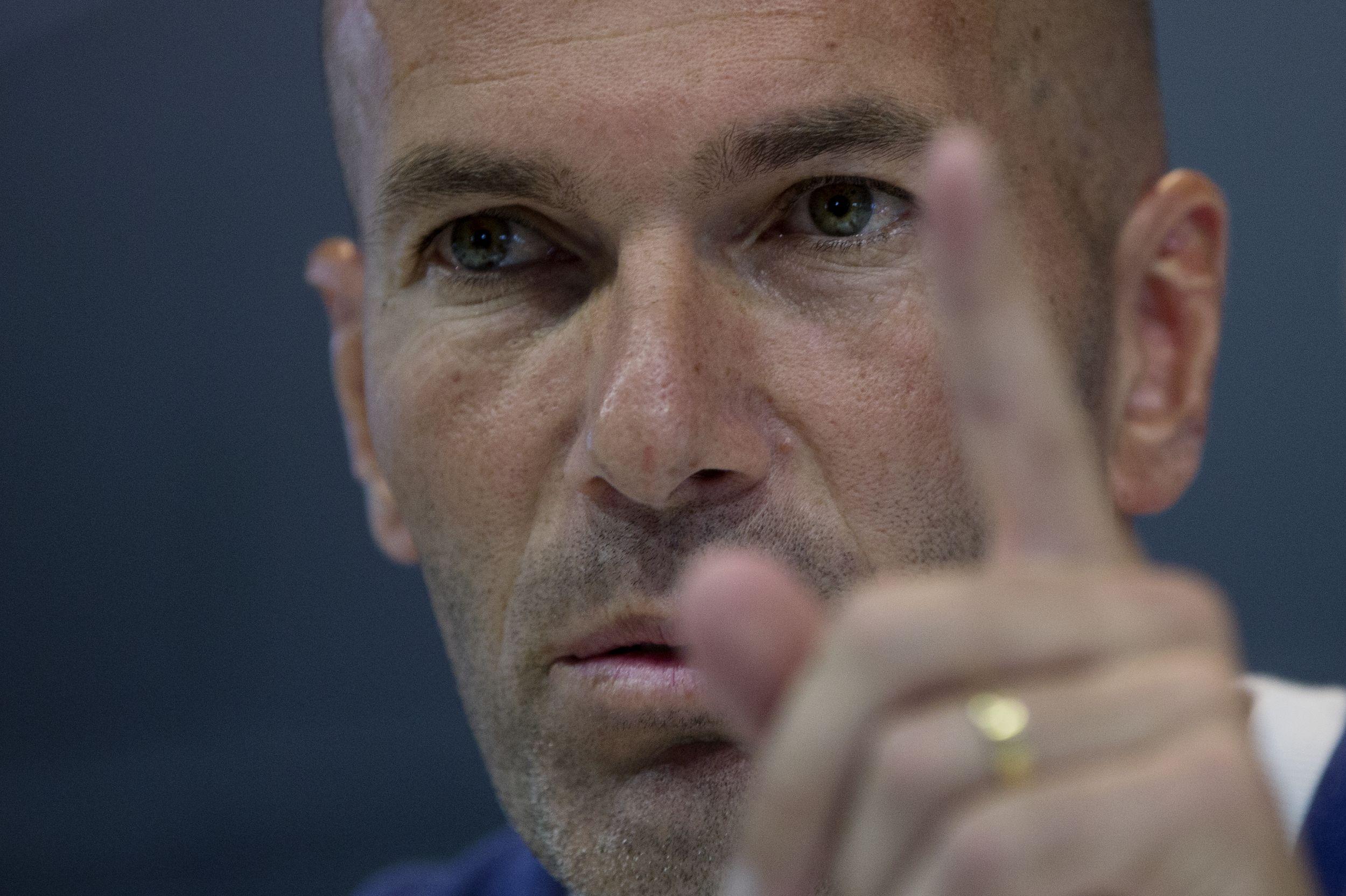 Football - Etranger - La sortie de Ronaldo, symbole de l'autorité de Zidane au Real