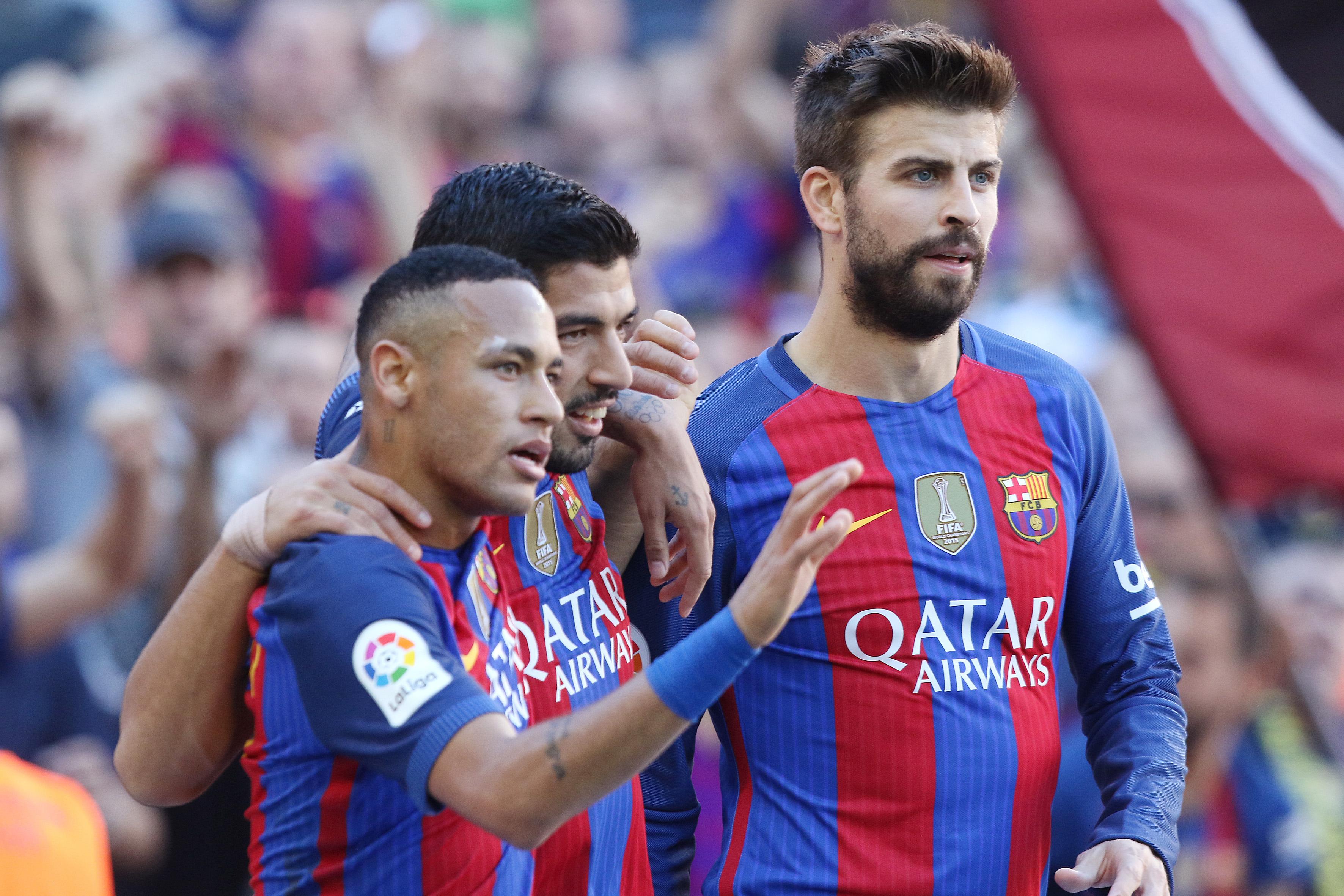 Football - Etranger - «Il voulait le Ballon d'Or» : Piqué raconte le départ de Neymar au PSG