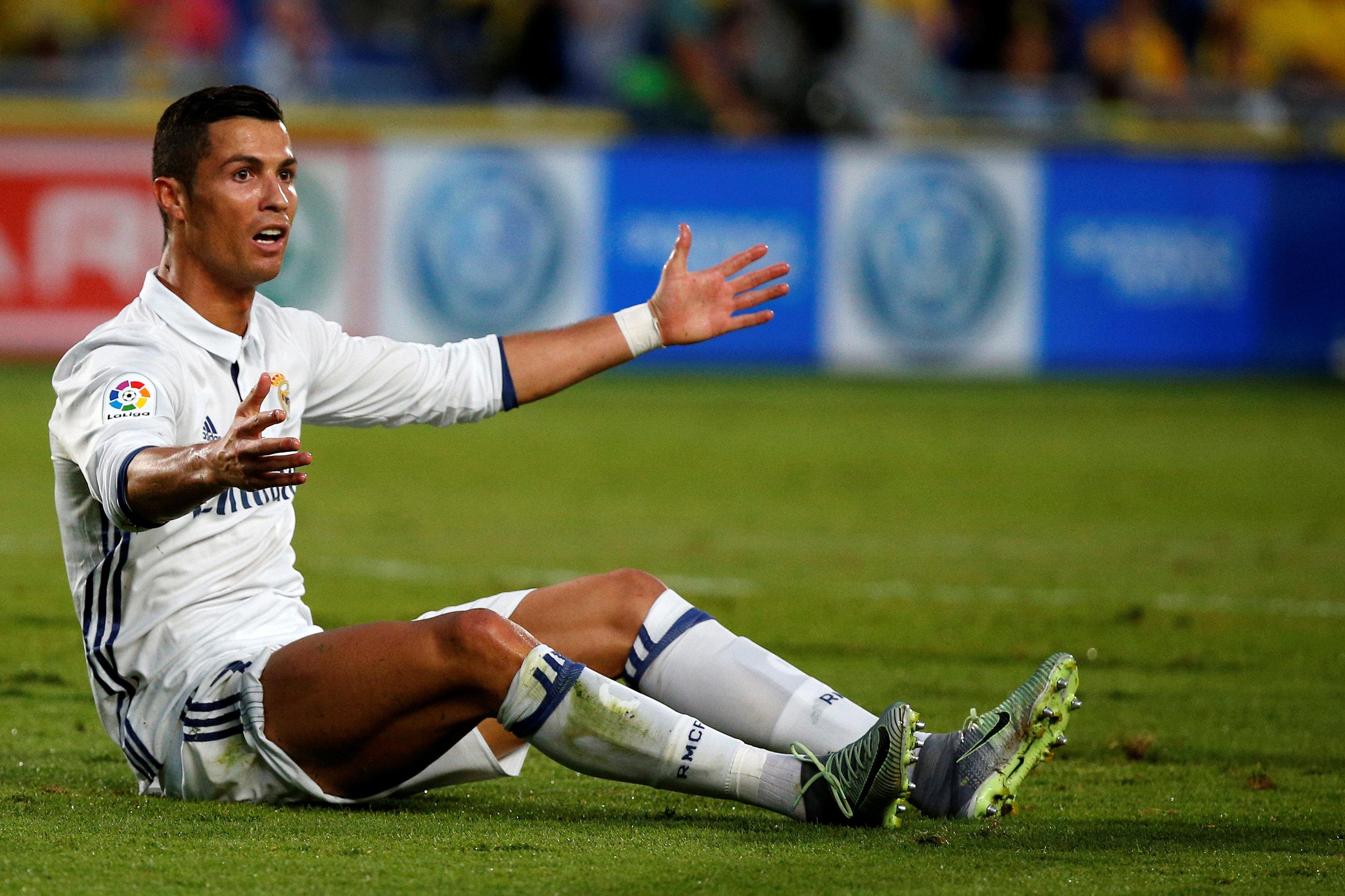 Football - Etranger - Ronaldo tempête quand Zidane le remplace