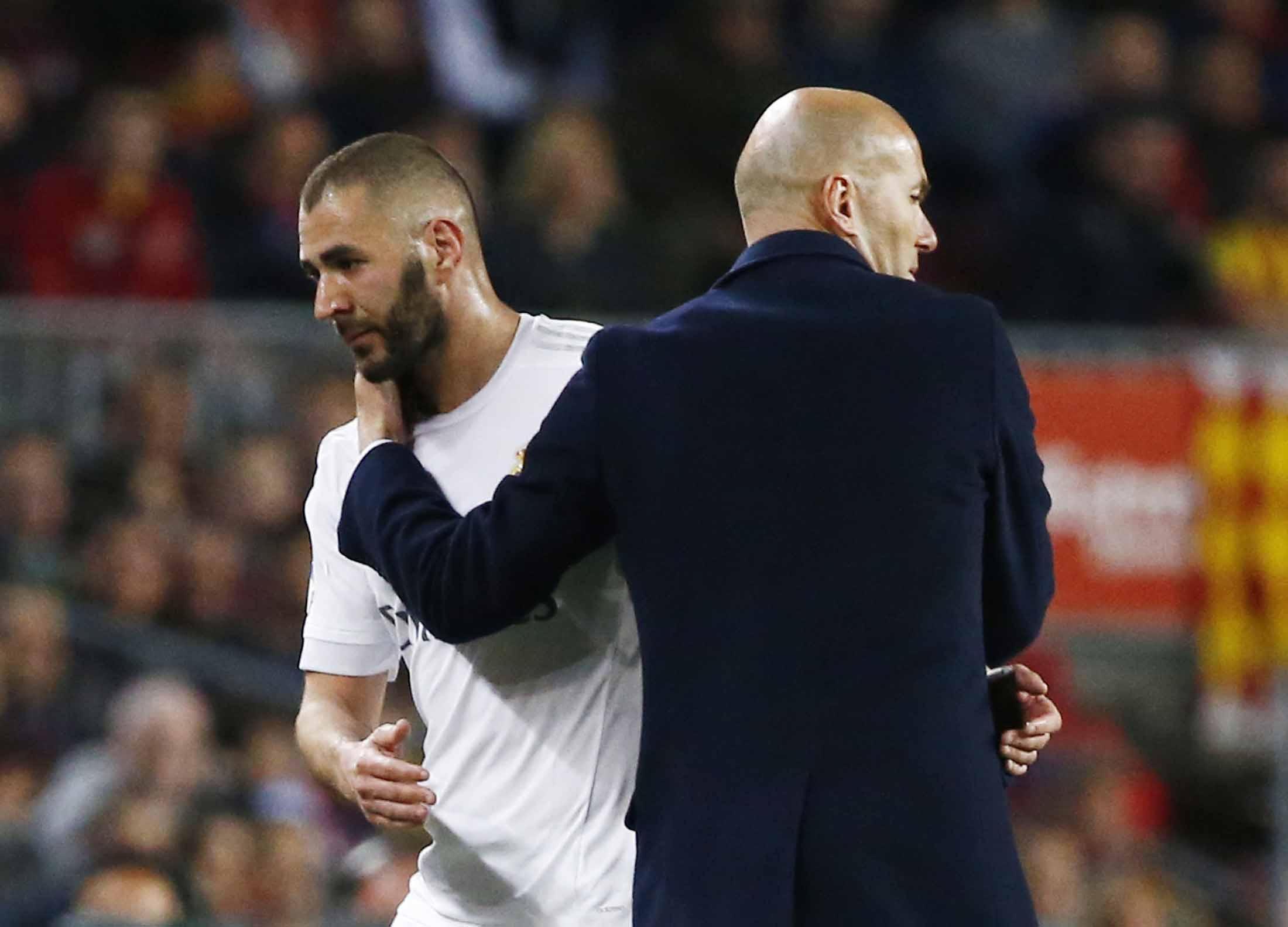 Football - Etranger - Zidane : «Avec Benzema, on n'a pas discuté des Bleus»