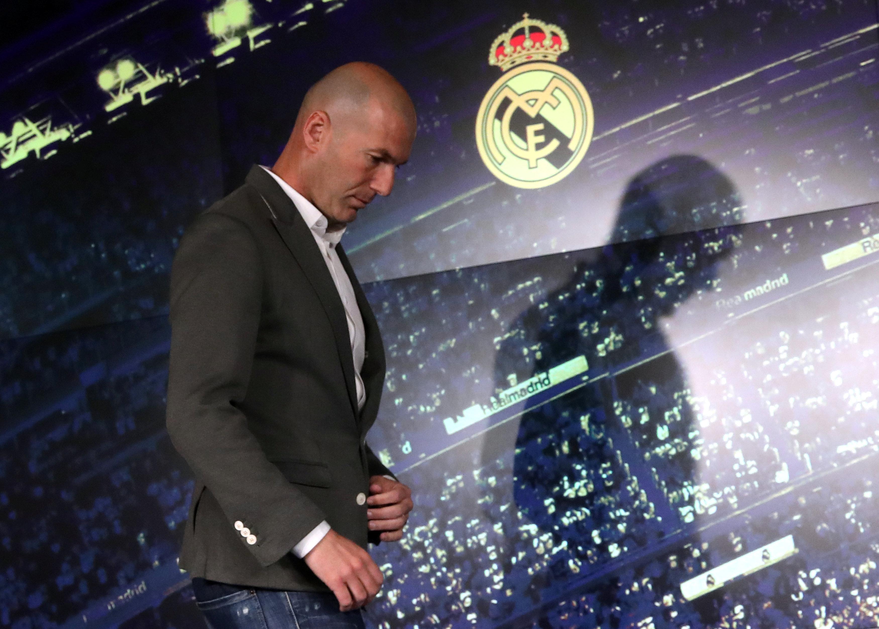 Football - Etranger - Zidane de retour au Real Madrid : réactions de supporters