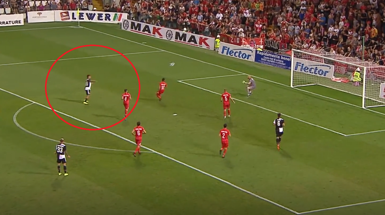Football - Etranger - La merveille de Paulo Dybala avec la Juventus Turin