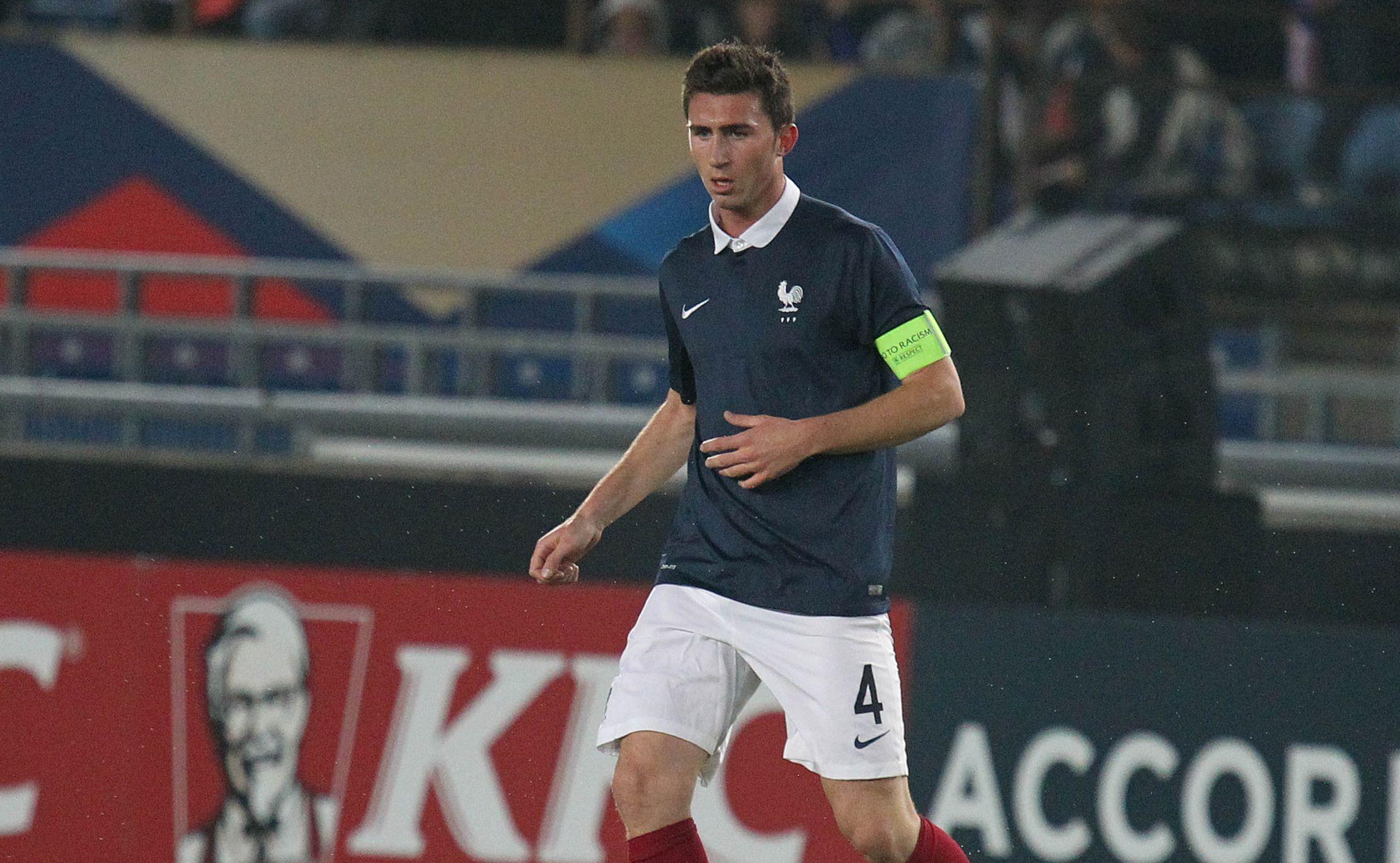 Football - Euro 2012 - Equipe de France : Laporte arrive, Fekir revient