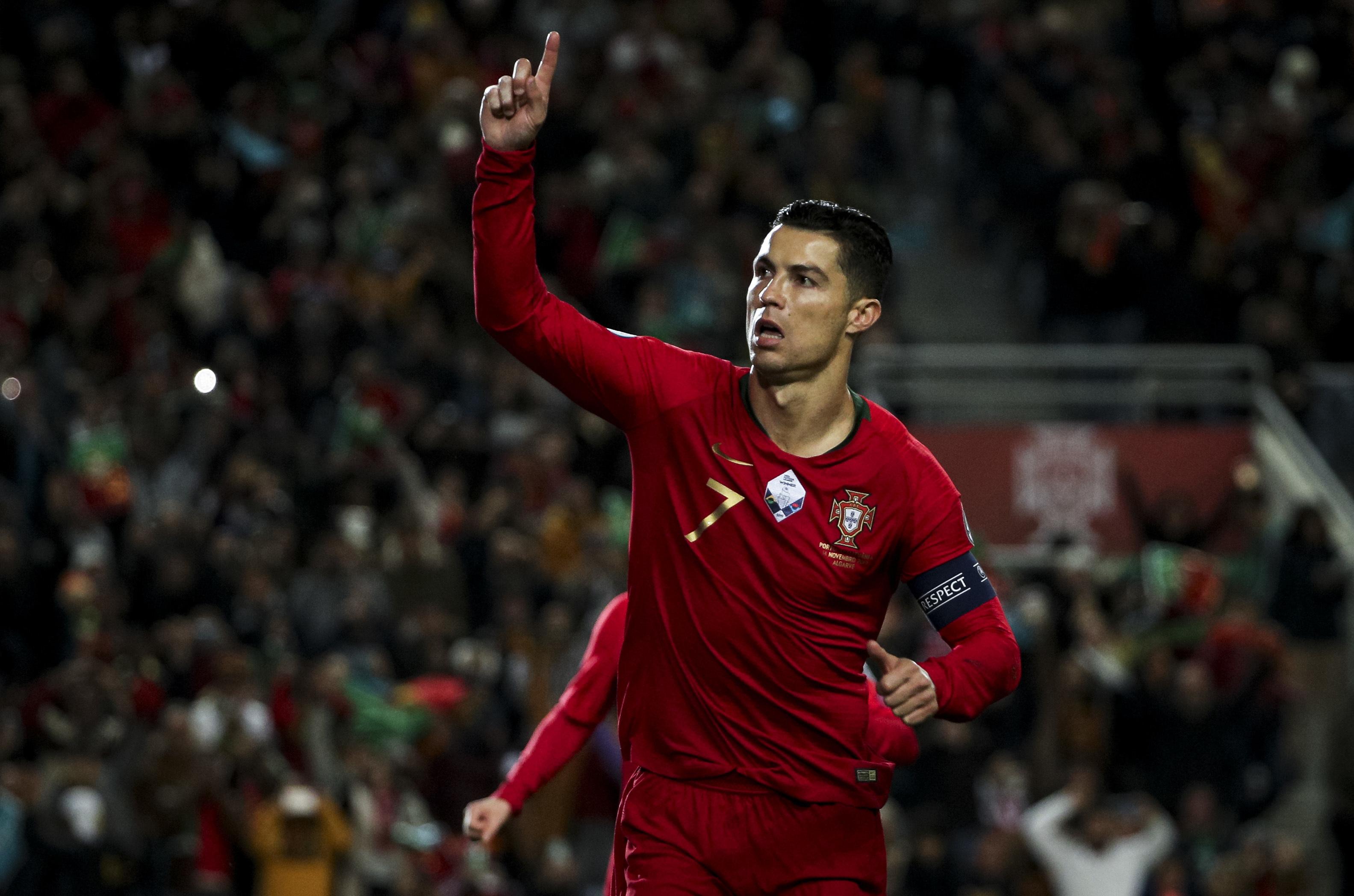 Cristiano Ronaldo répond sur le terrain