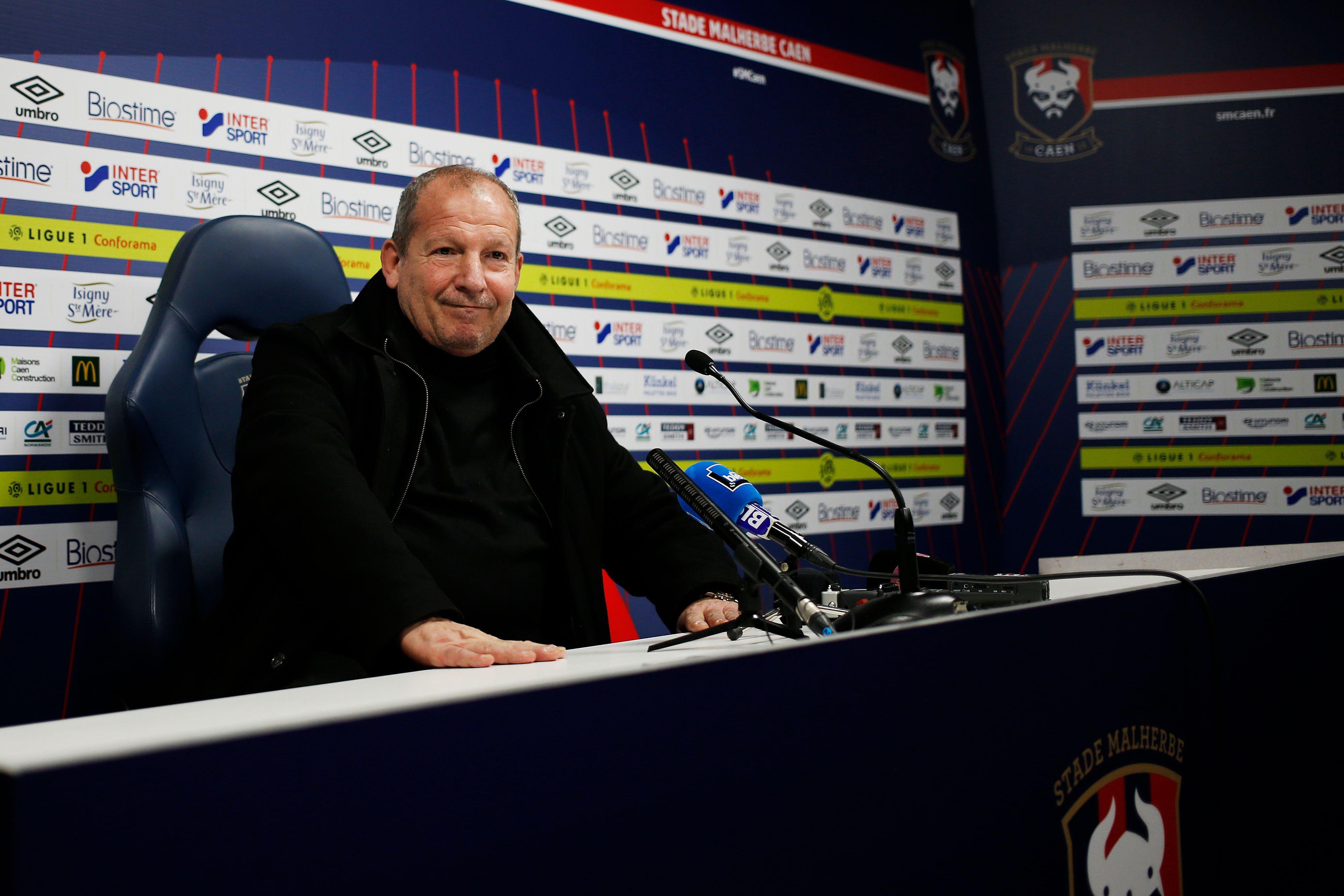 Football - Ligue 1 - A Caen, Rolland Courbis n'est pas venu «faire le guignol»