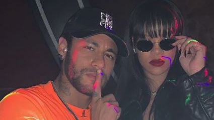 Football - Ligue 1 - Absent de la remise des trophées UNFP, Neymar était avec Rihanna