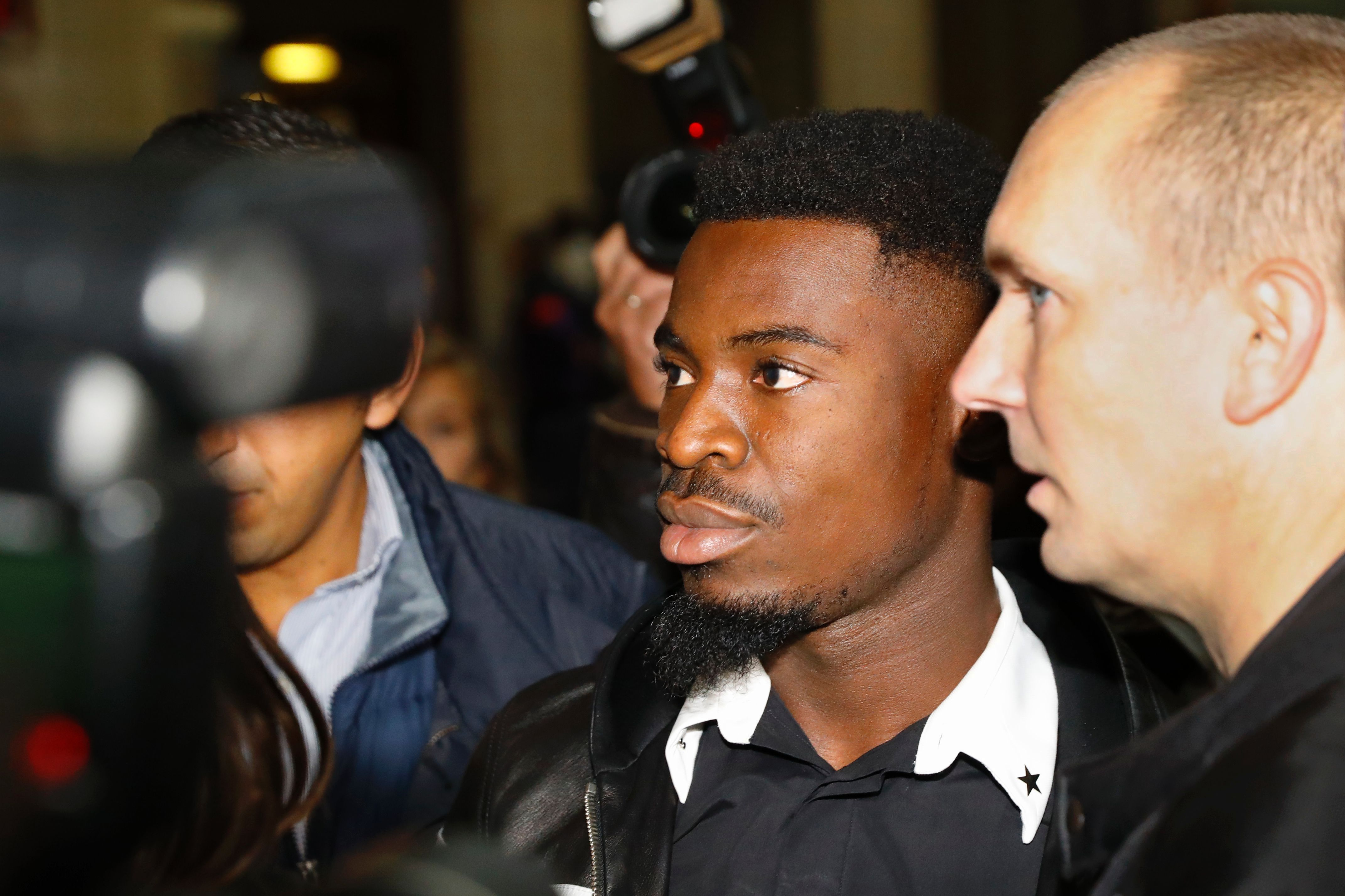 Football - Ligue 1 - Affaire Aurier : le PSG «prend note», le joueur a «confiance en la justice»