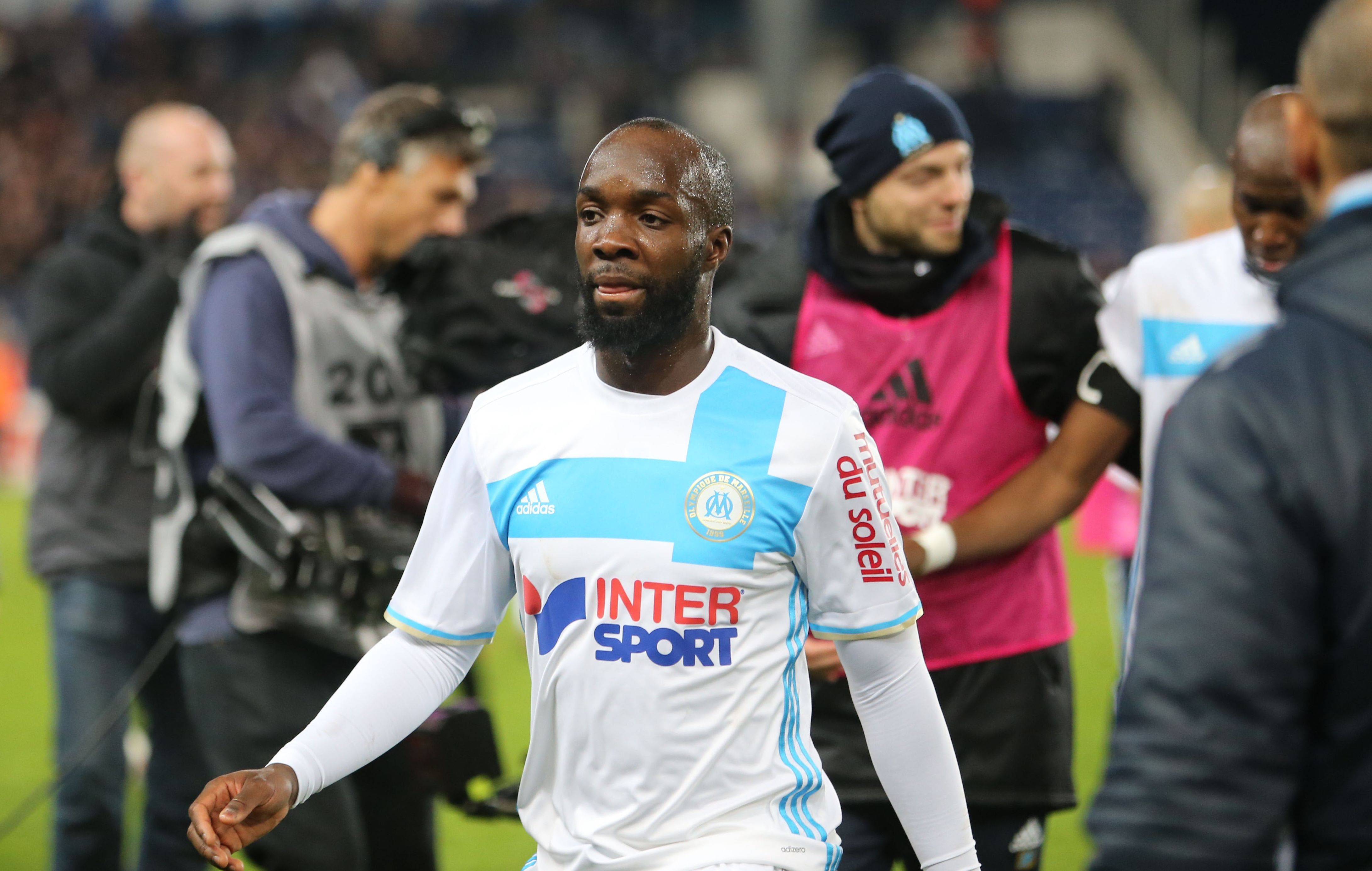 c 39 est officiel lassana diarra quitte l 39 om ligue 1 football. Black Bedroom Furniture Sets. Home Design Ideas