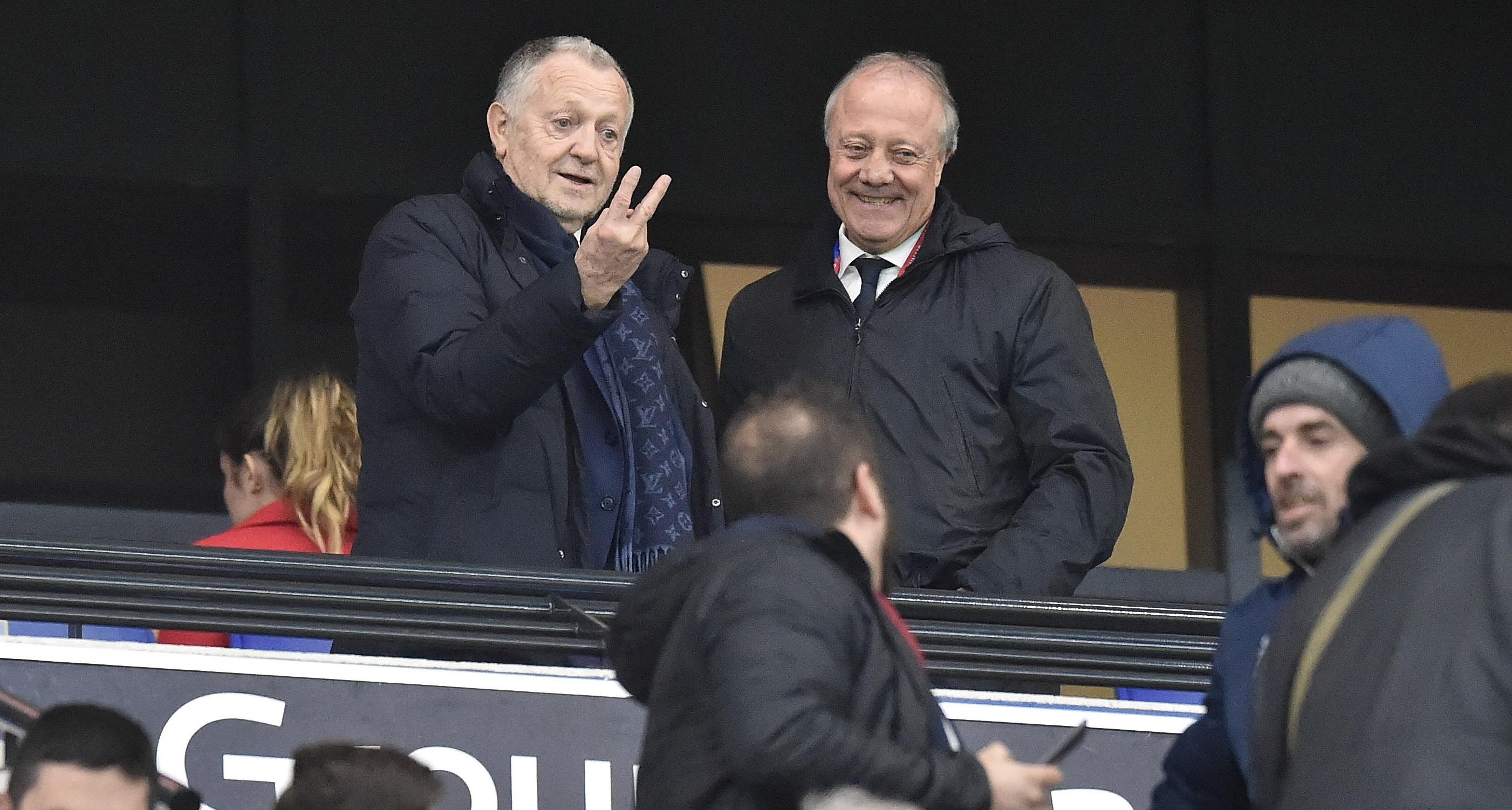 Football - Ligue 1 - Arrêt de la Ligue 1 : comme Amiens et Toulouse, Lyon ne désarme pas et... tacle la LFP