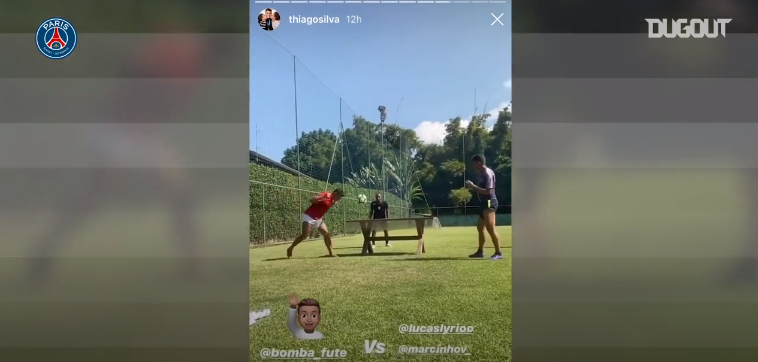 Football - Ligue 1 - Coronavirus : Thiago Silva s'amuse en jouant au teqball