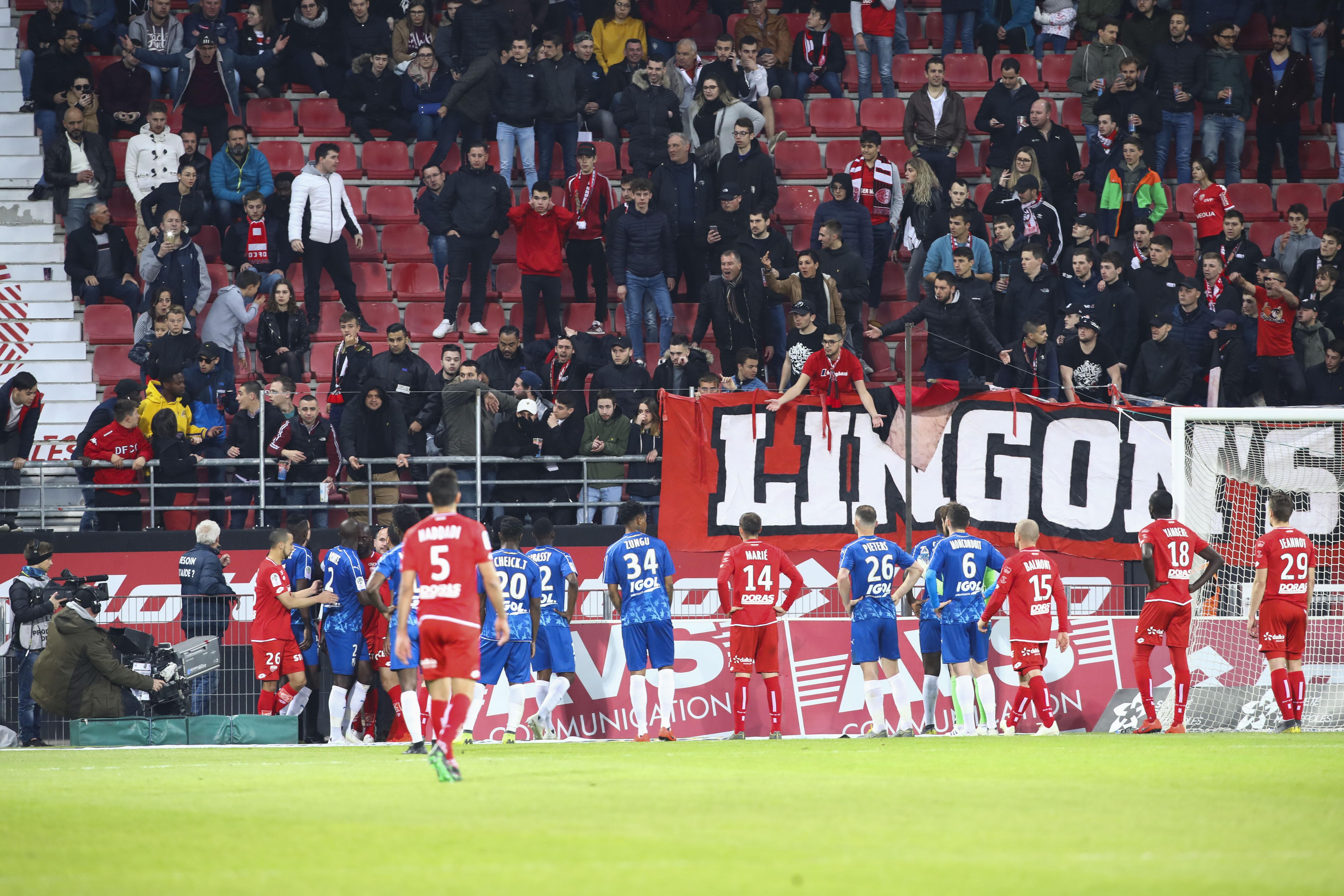 Football - Ligue 1 - Cris de singe à Dijon : pas de mise en examen pour l'auteur présumé