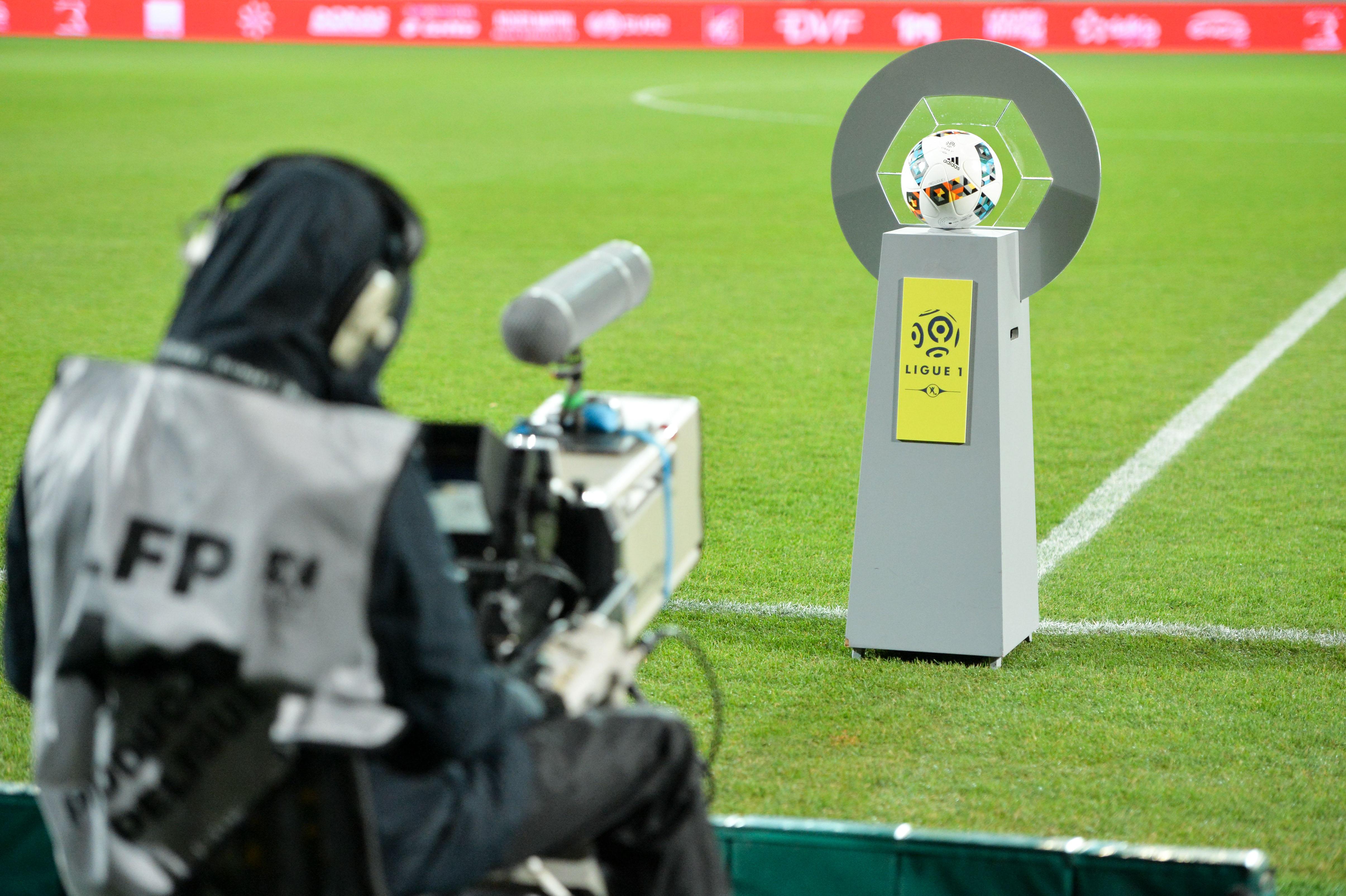 Football - Ligue 1 - Droits TV : Mediapro va bien créer une chaîne 100% foot